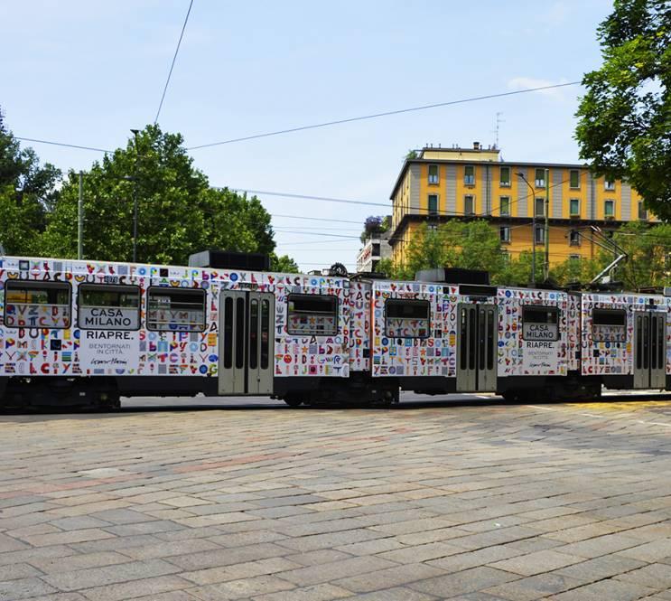 Pubblicità su tram IGPDecaux Milano Full-Wrap Lorenzo Marini