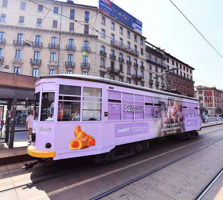 Advertising on tram Milan IGPDecaux special tram for Bauli