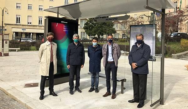 A Pavia l'arredo urbano offre un servizio smart grazie a IGPDecaux e Autoguidovie