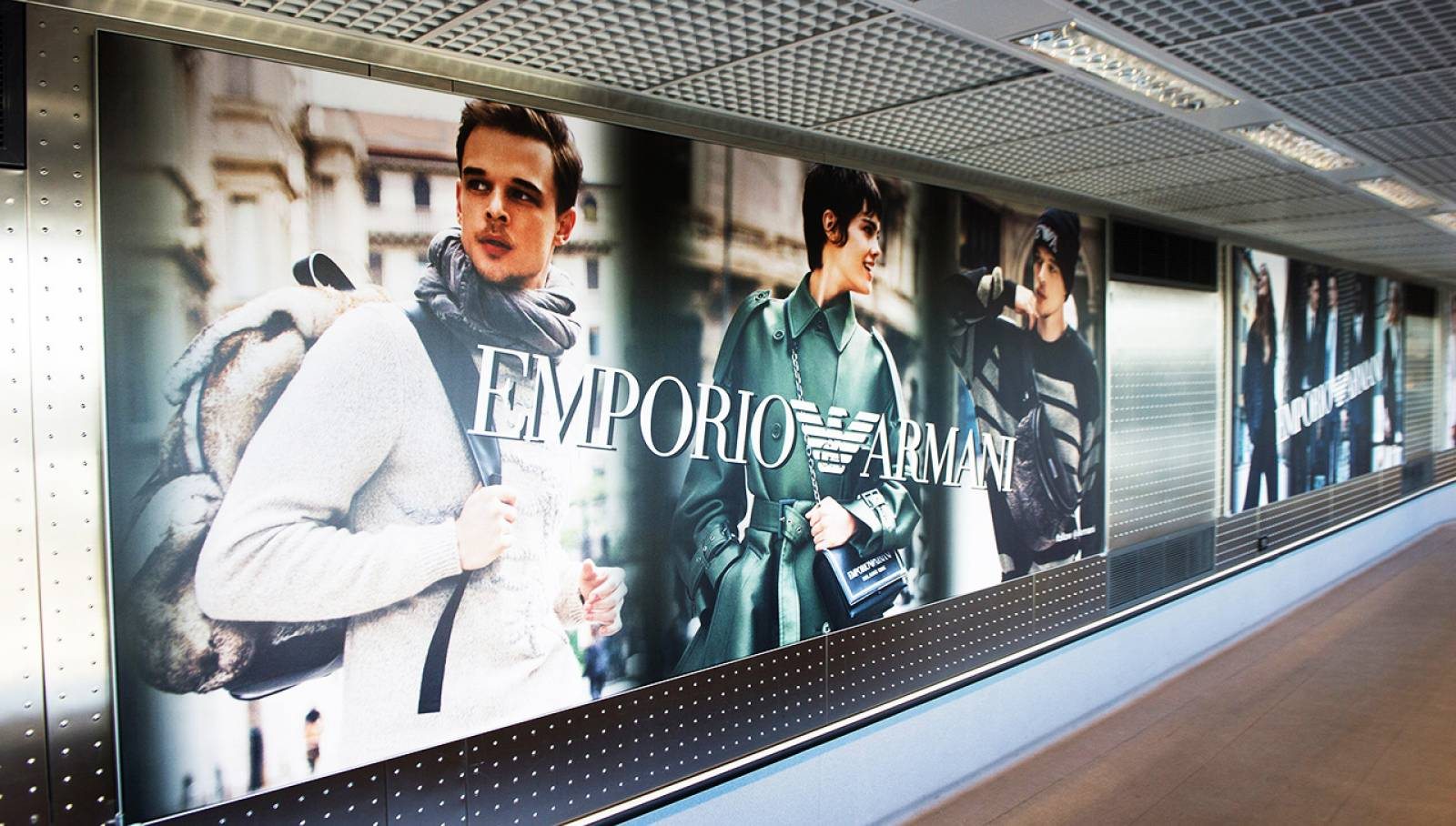 Out of Home advertising IGPDecaux Finger for Armani at Malpensa airport