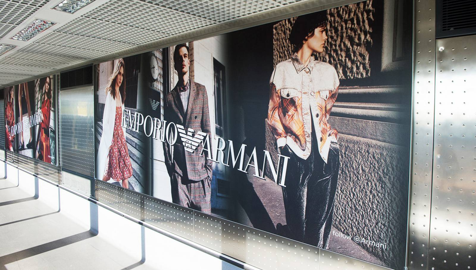 Outdoor communication IGPDecaux Finger at Malpensa airport for Armani