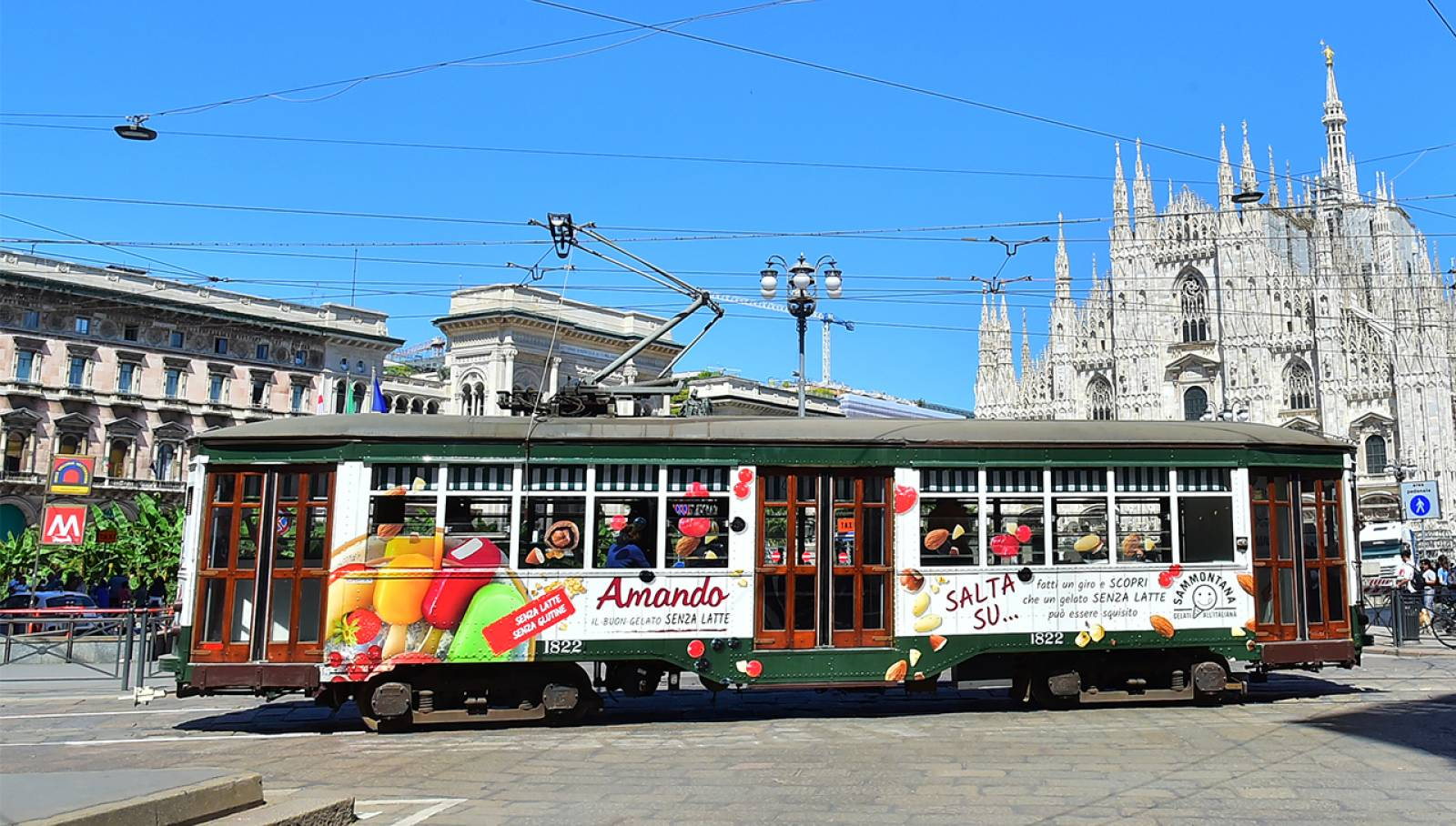 OOH IGPDecaux Creative Solutions Milan Special Tram for Sammontana