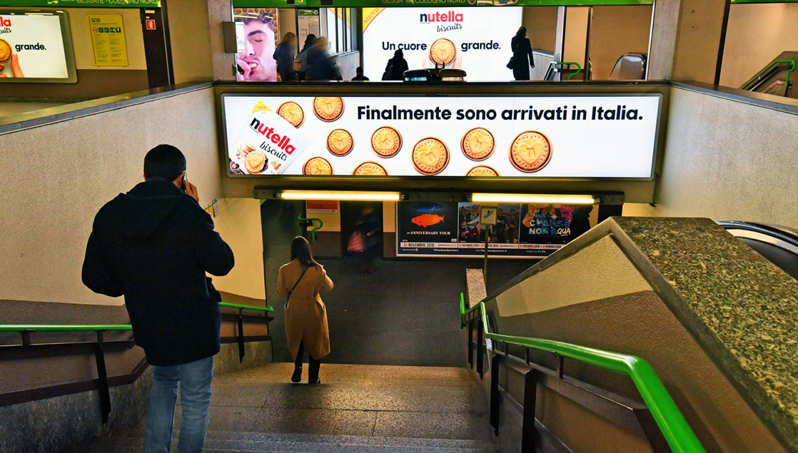 Out of Home IGPDecaux in Milan Station Domination for Ferrero Nutella Biscuits