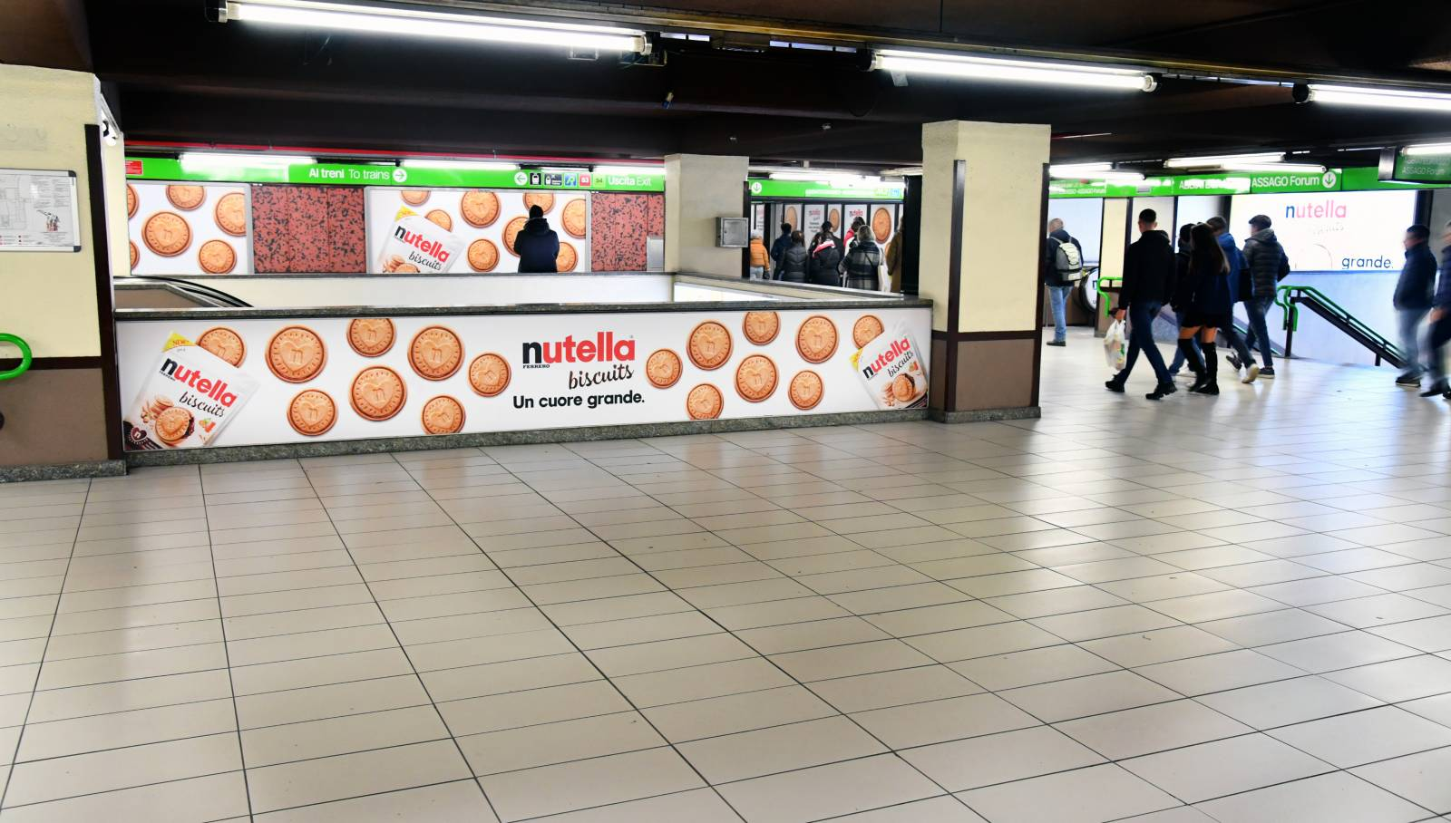 IGPDecaux Milan Station Domination for Ferrero Nutella Biscuits