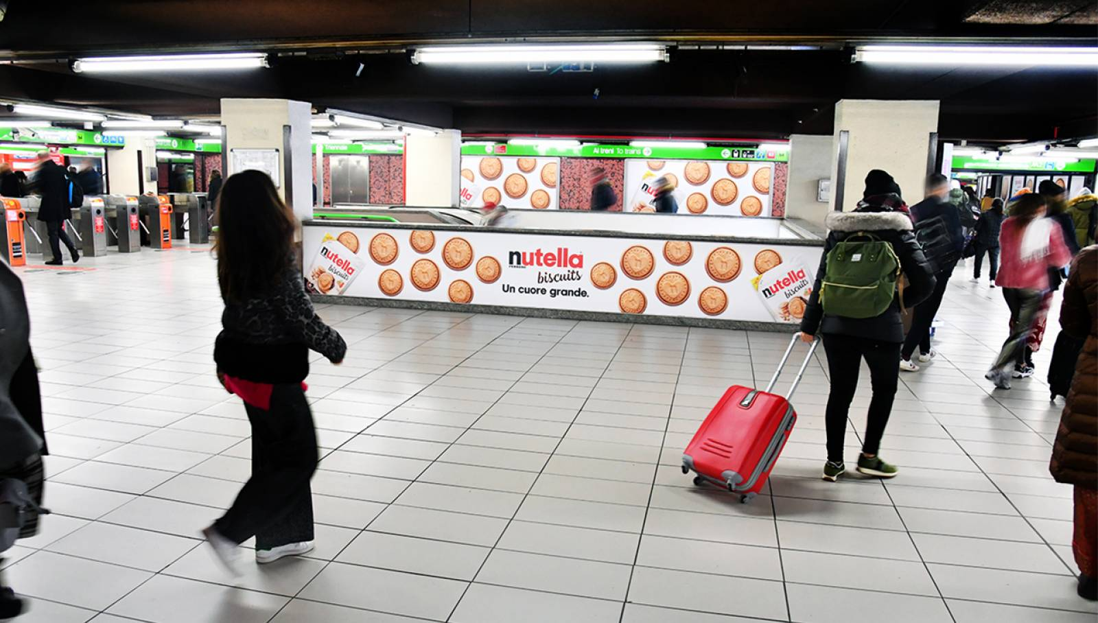 IGPDecaux Station Domination for Ferrero Nutella Biscuits in Milan