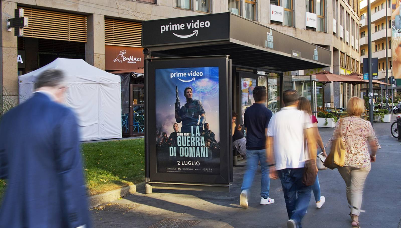 IGPDecaux Creative Solutions Brand pensilina a Milano per Amazon Prime Video
