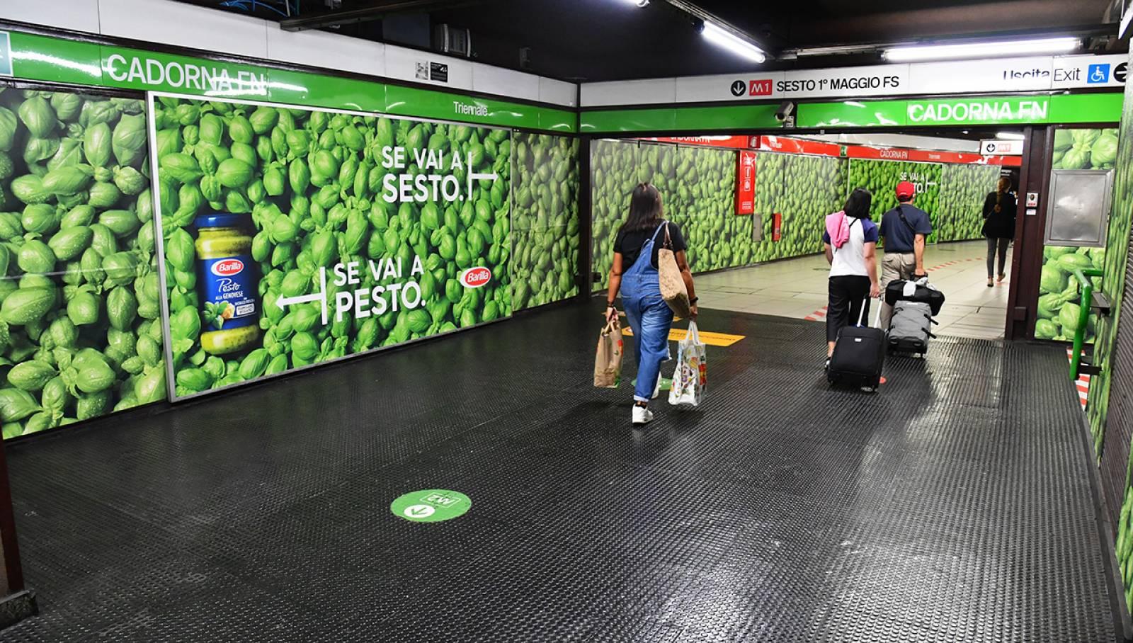 Pubblicità in metropolitana a Milano Cadorna Station Domination per Barilla IGPDecaux
