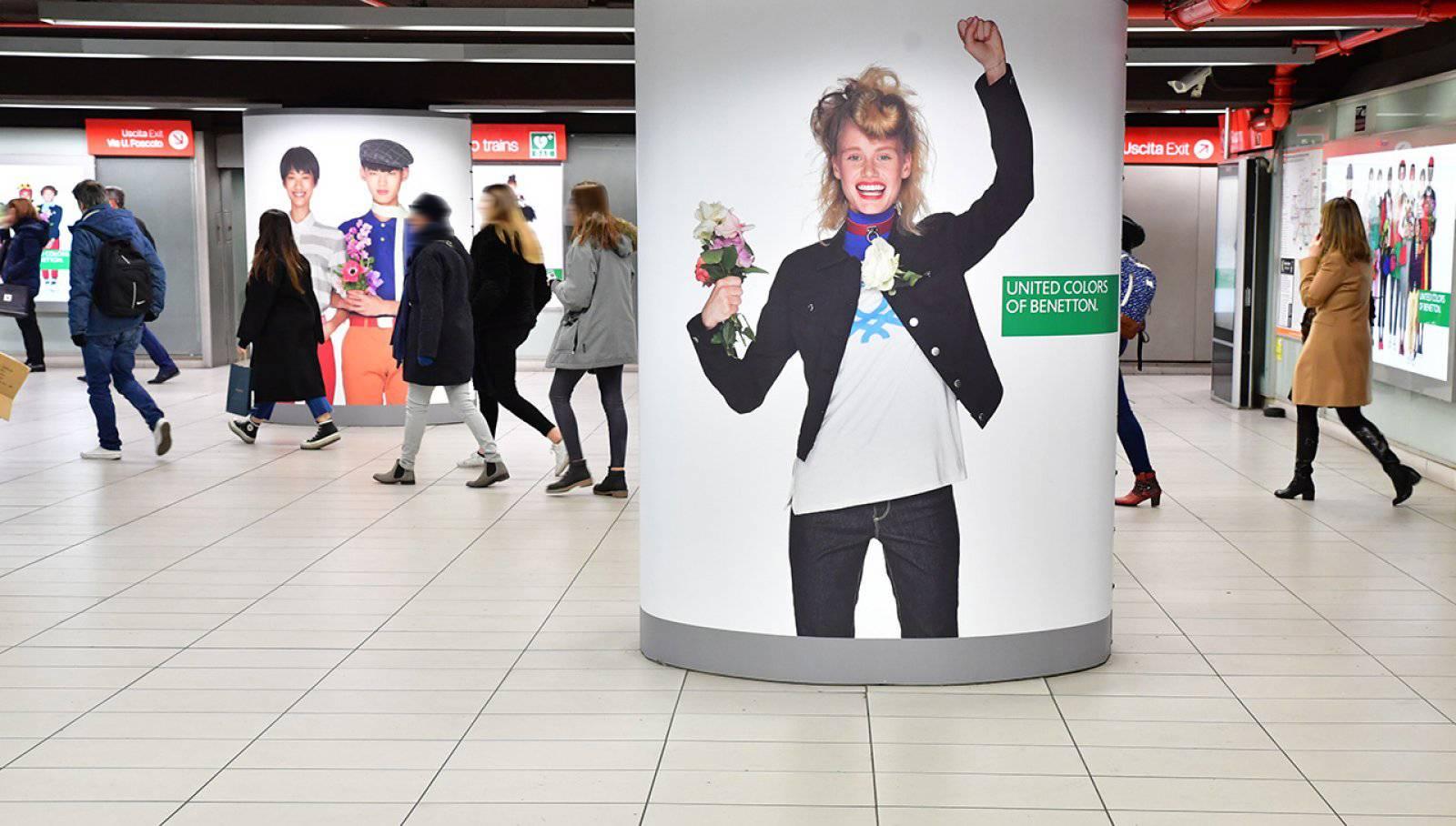 Pubblicità in metropolitana a Milano station domination IGPDecaux per Benetton