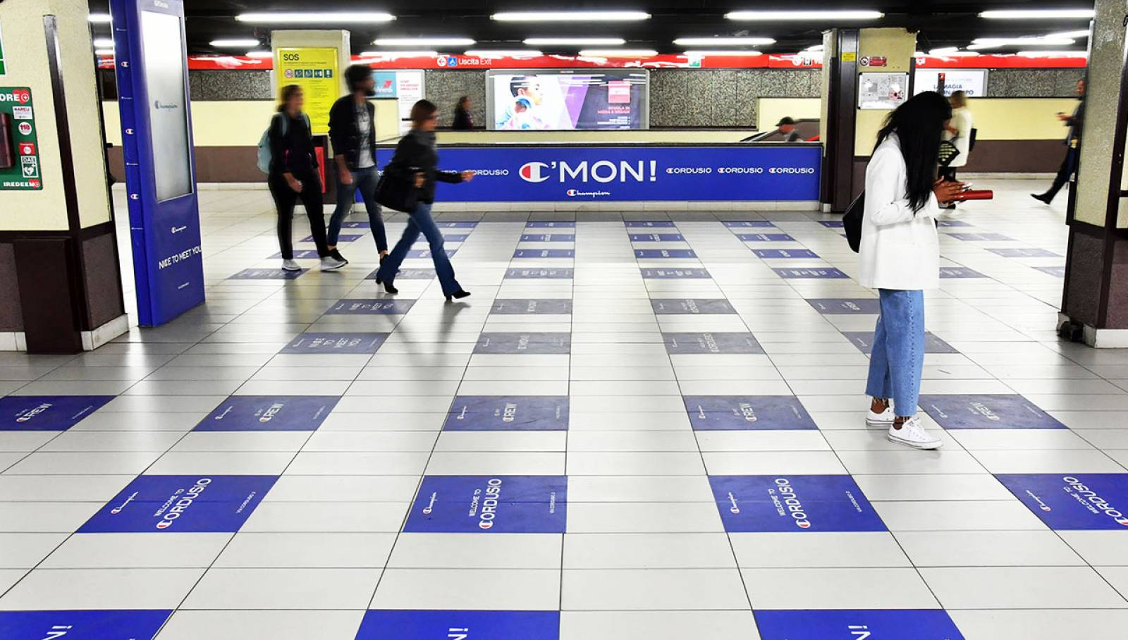 Station Domination IGPDecaux for Champion in Milan