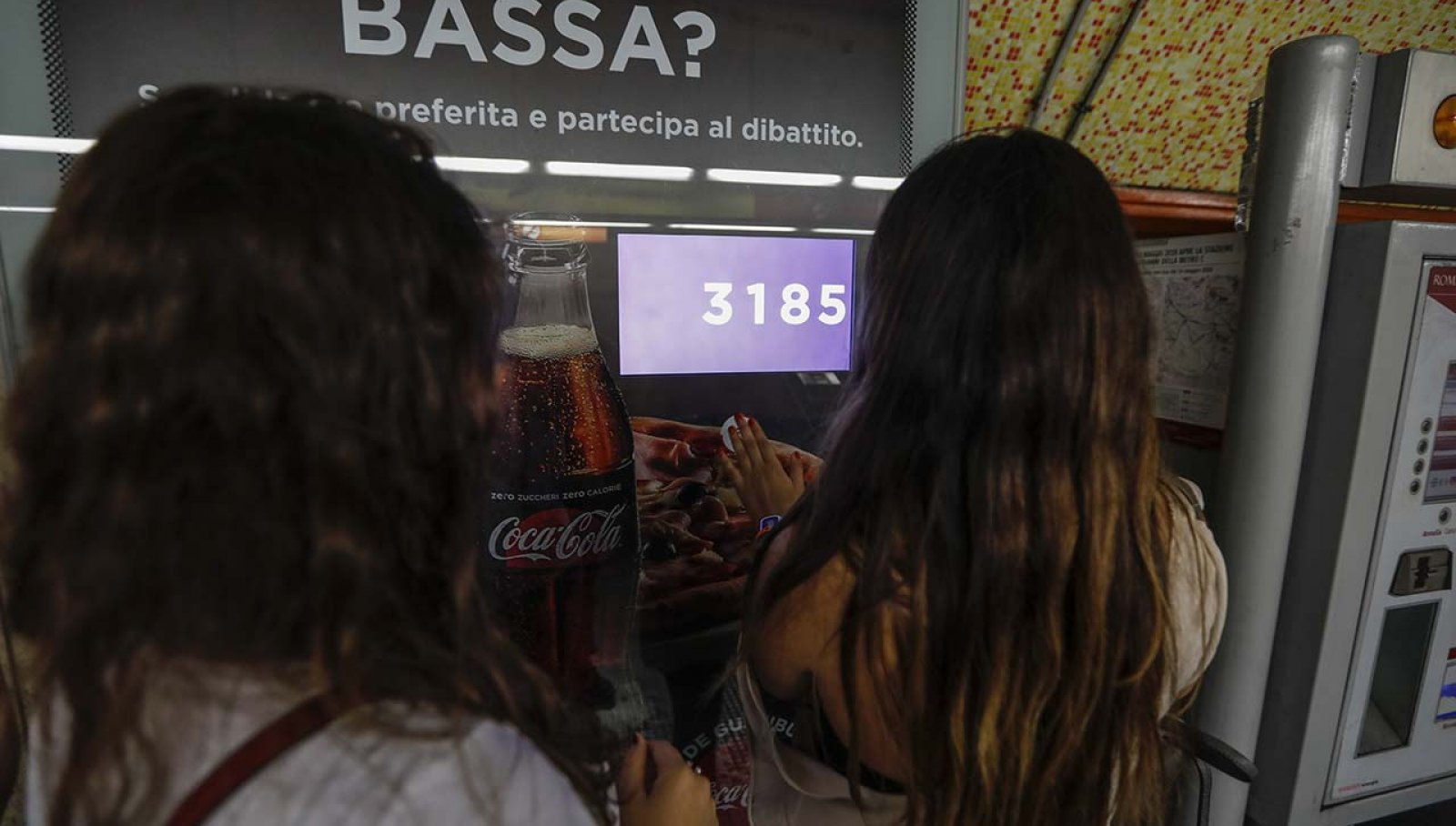 Coca-Cola DeGustibus station domination Roma