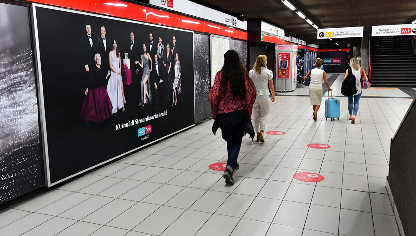 OOH IGPDecaux in metropolitana Station Domination a Milano per Discovery Real Time