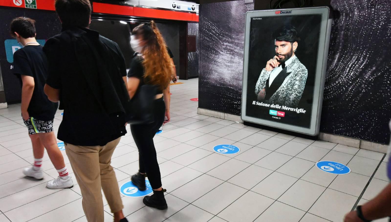 IGPDecaux Milano pubblicità in metropolitana Station Domination per Discovery Real Time