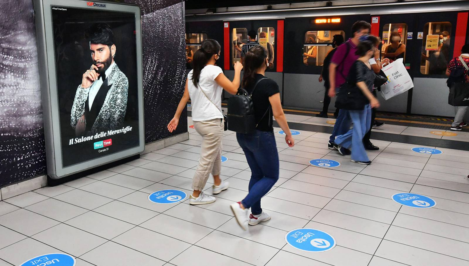 Pubblicità Out Of Home IGPDecaux a Milano Station Domination per Discovery Real Time