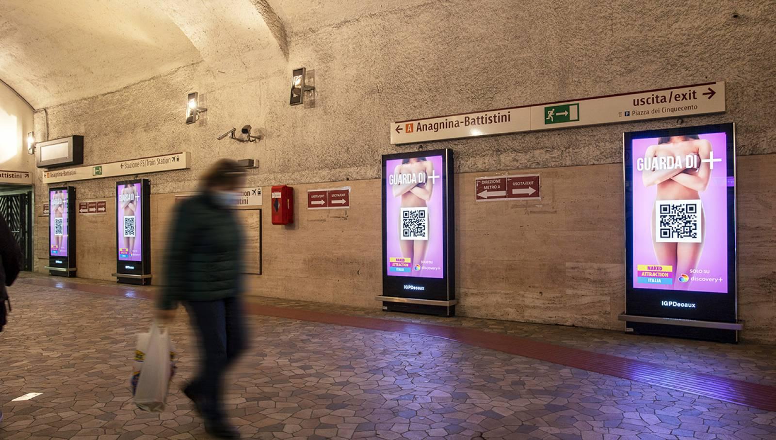 Pubblicità metro Roma IGPDecaux Network Vision per Discovery Italia