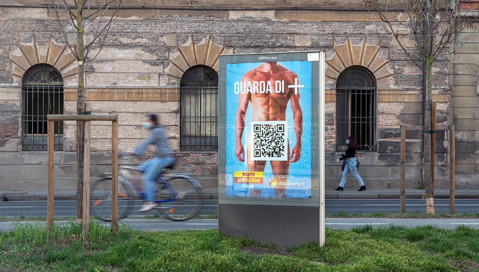 Pubblicità Out Of Home a Bologna MUPI IGPDecaux per Discovery Italia
