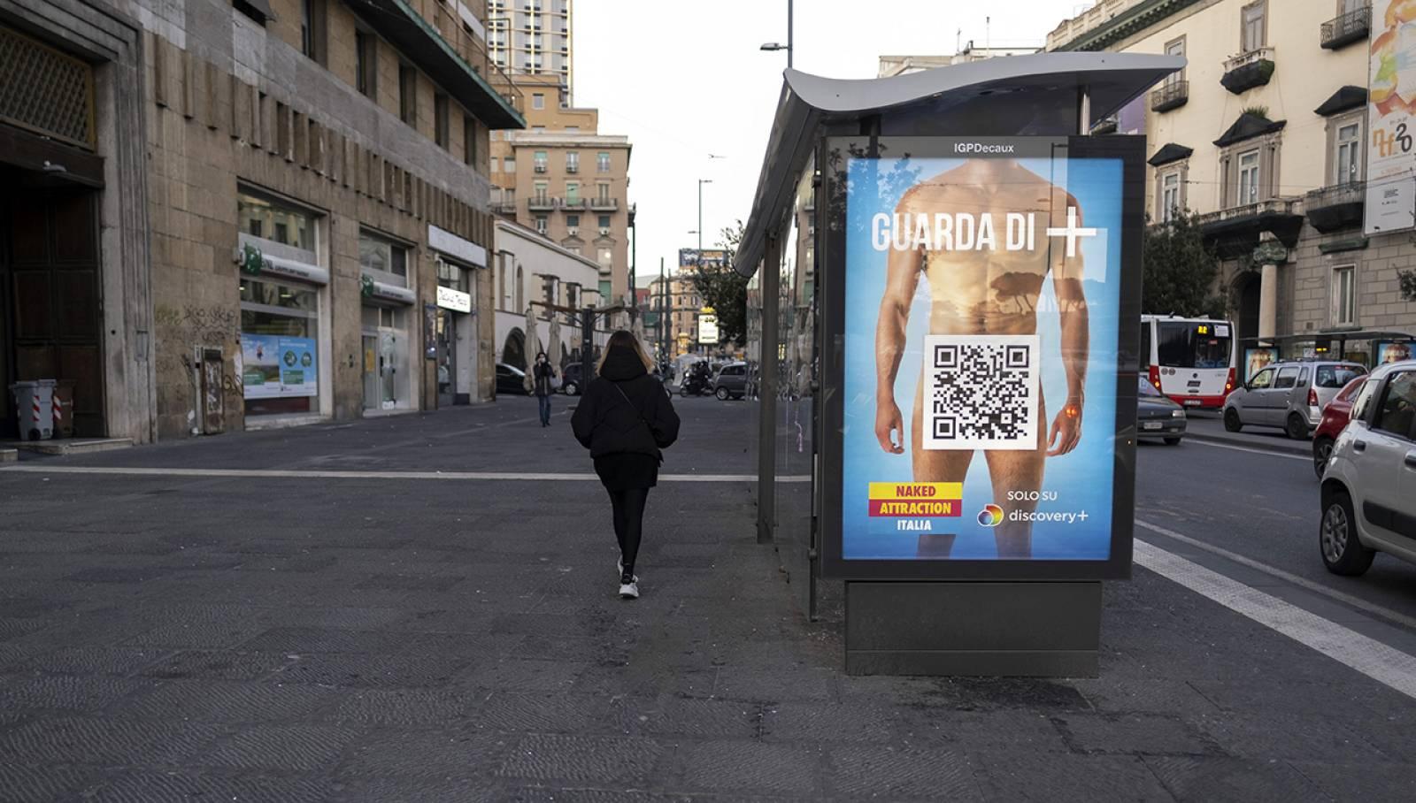 IGPDecaux Napoli Pubblicità sulle pensiline per Discovery Italia