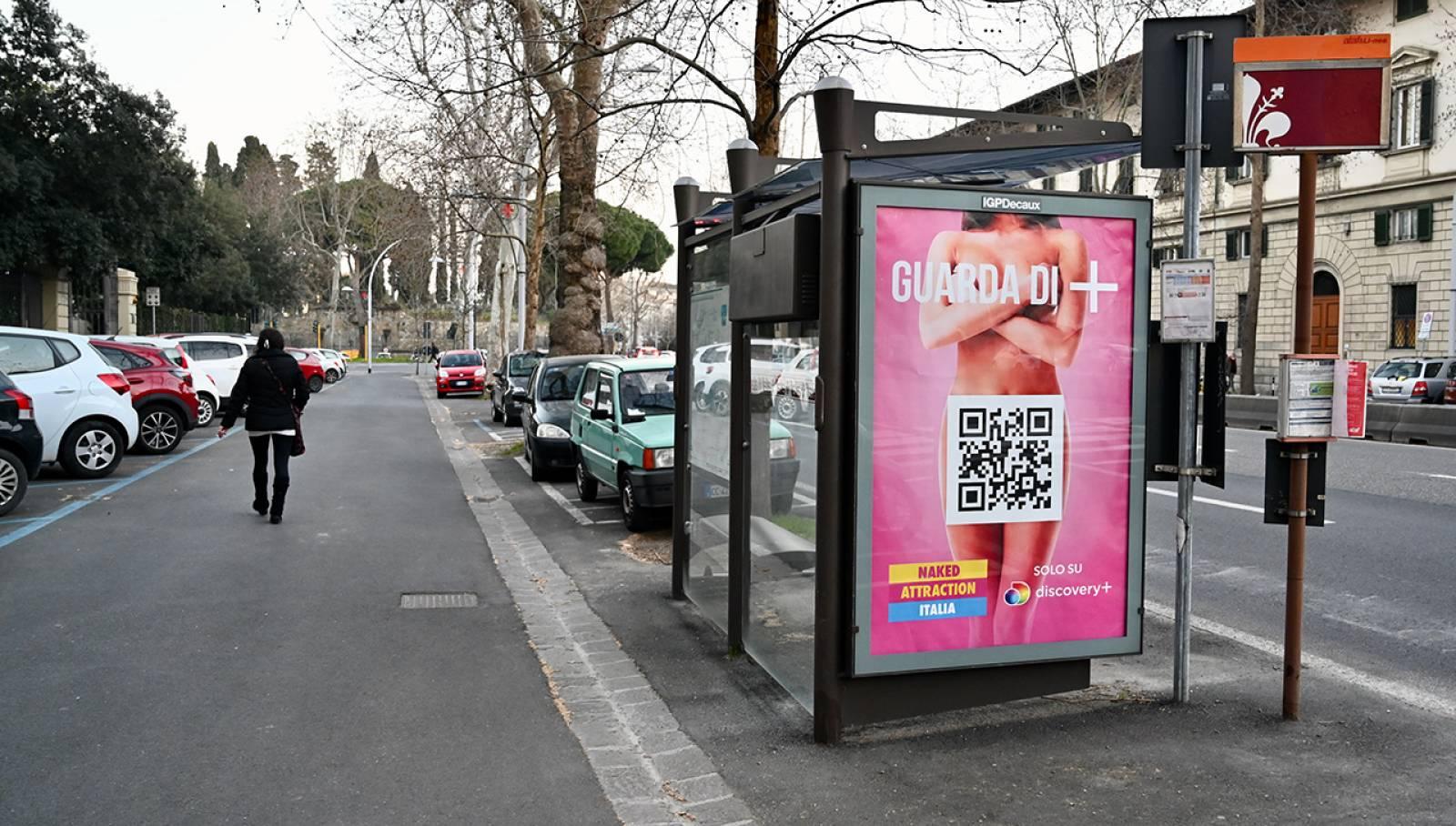Pubblicità sulle pensiline IGPDecaux a Firenze per Discovery Italia
