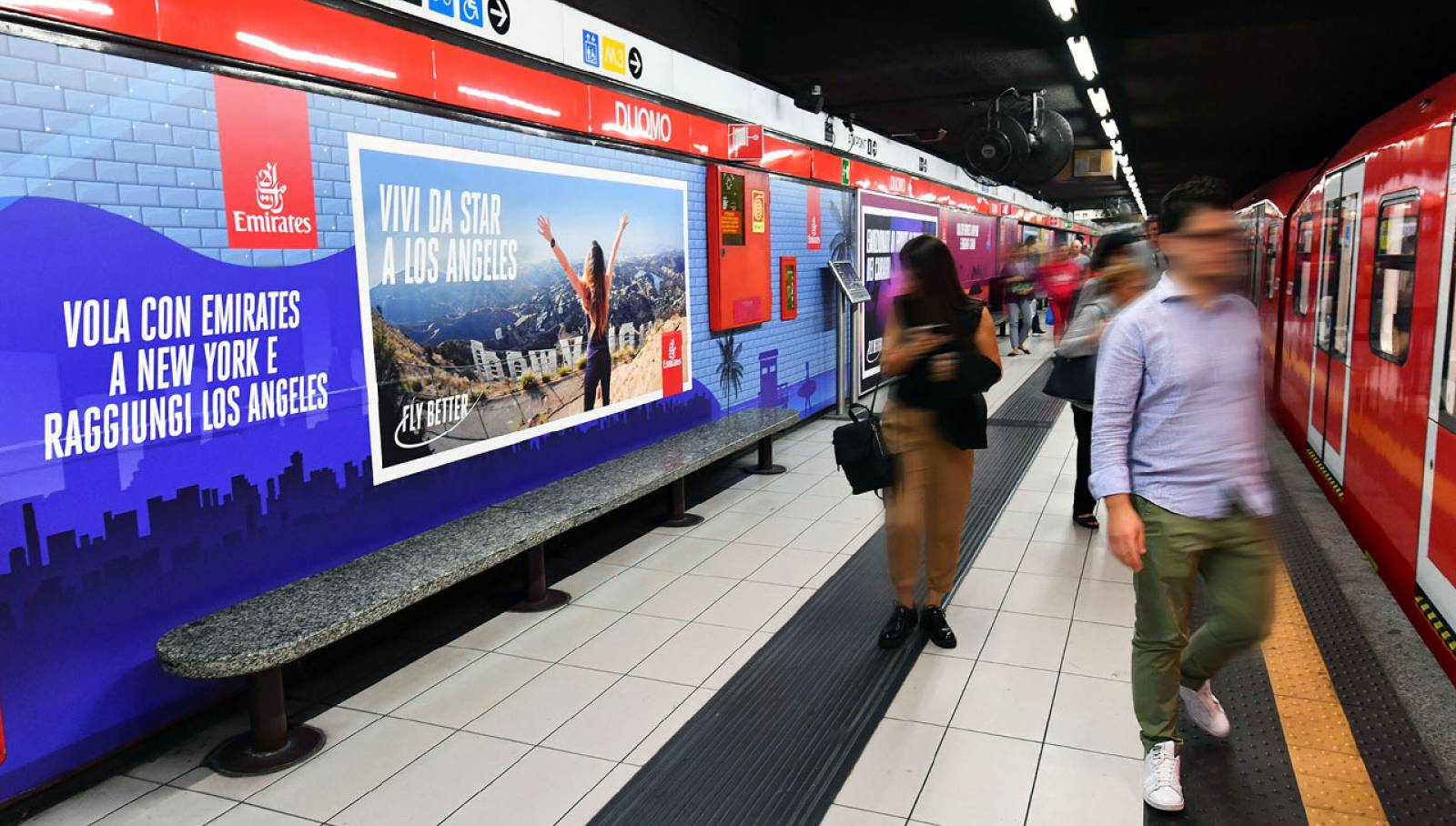 Outdoor advertising Milan IGPDecaux Station Domination for Emirates