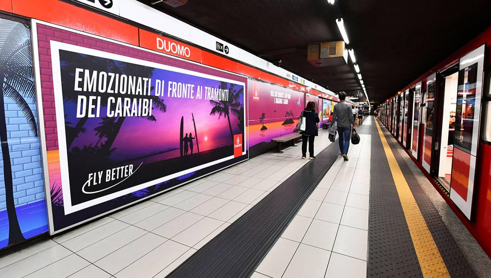 Comunicazione esterna IGPDecaux a Milano Station Domination per Emirates