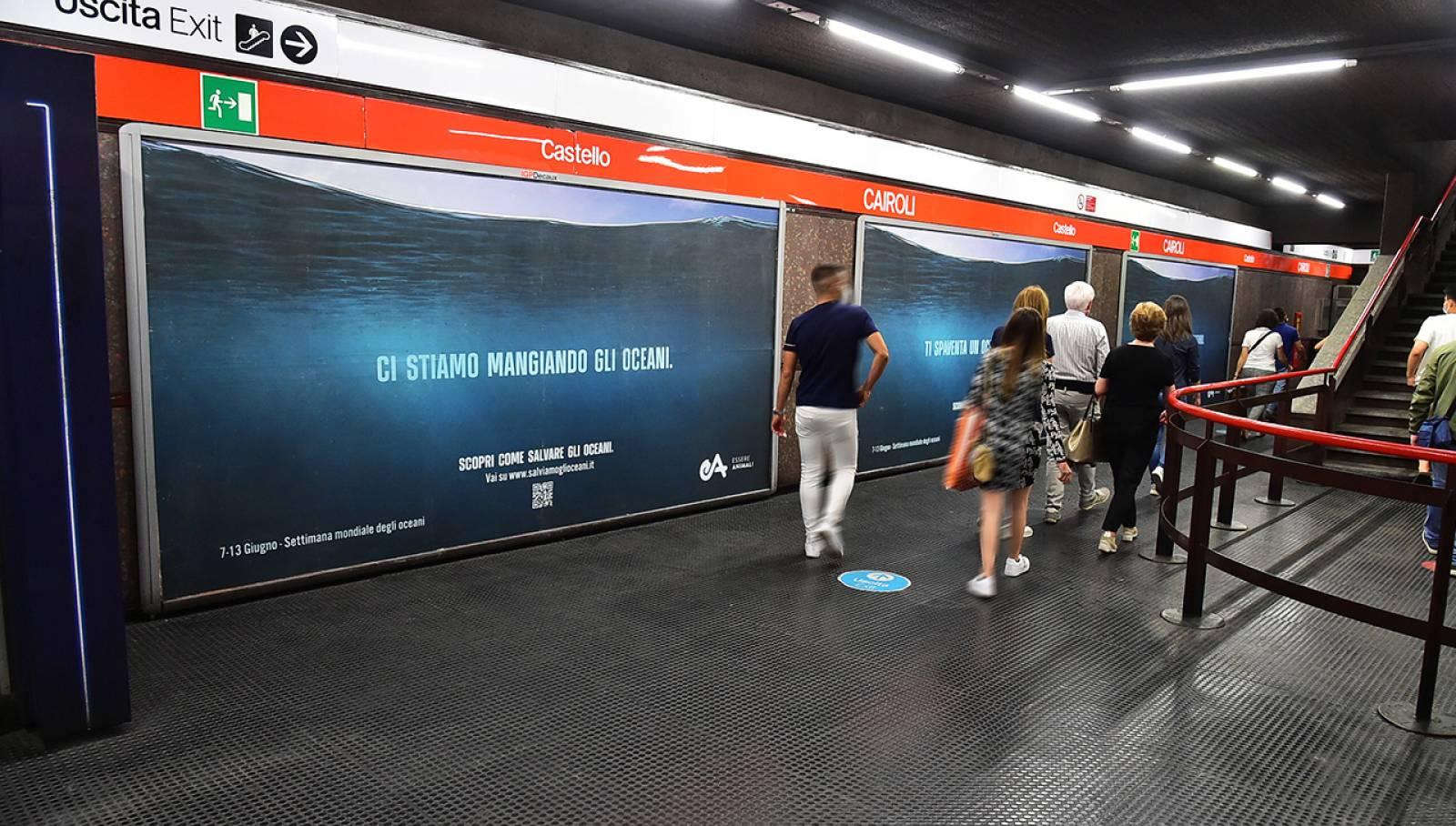 IGPDecaux Milano campagna Out Of Home in metropolitana per Associazione Essere Animali