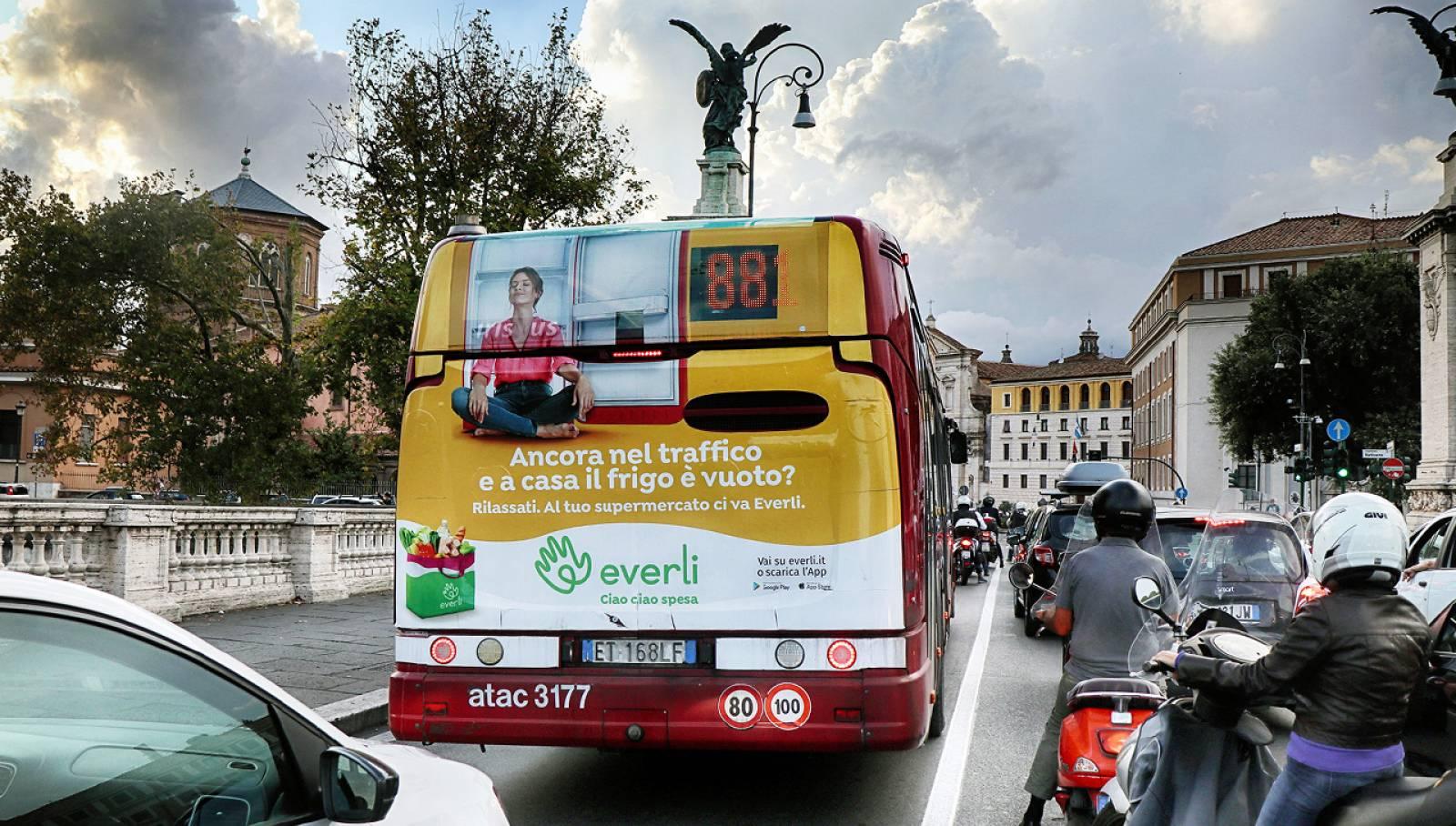 Pubblicità OOH a Roma IGPDecaux Full-Back per Everli