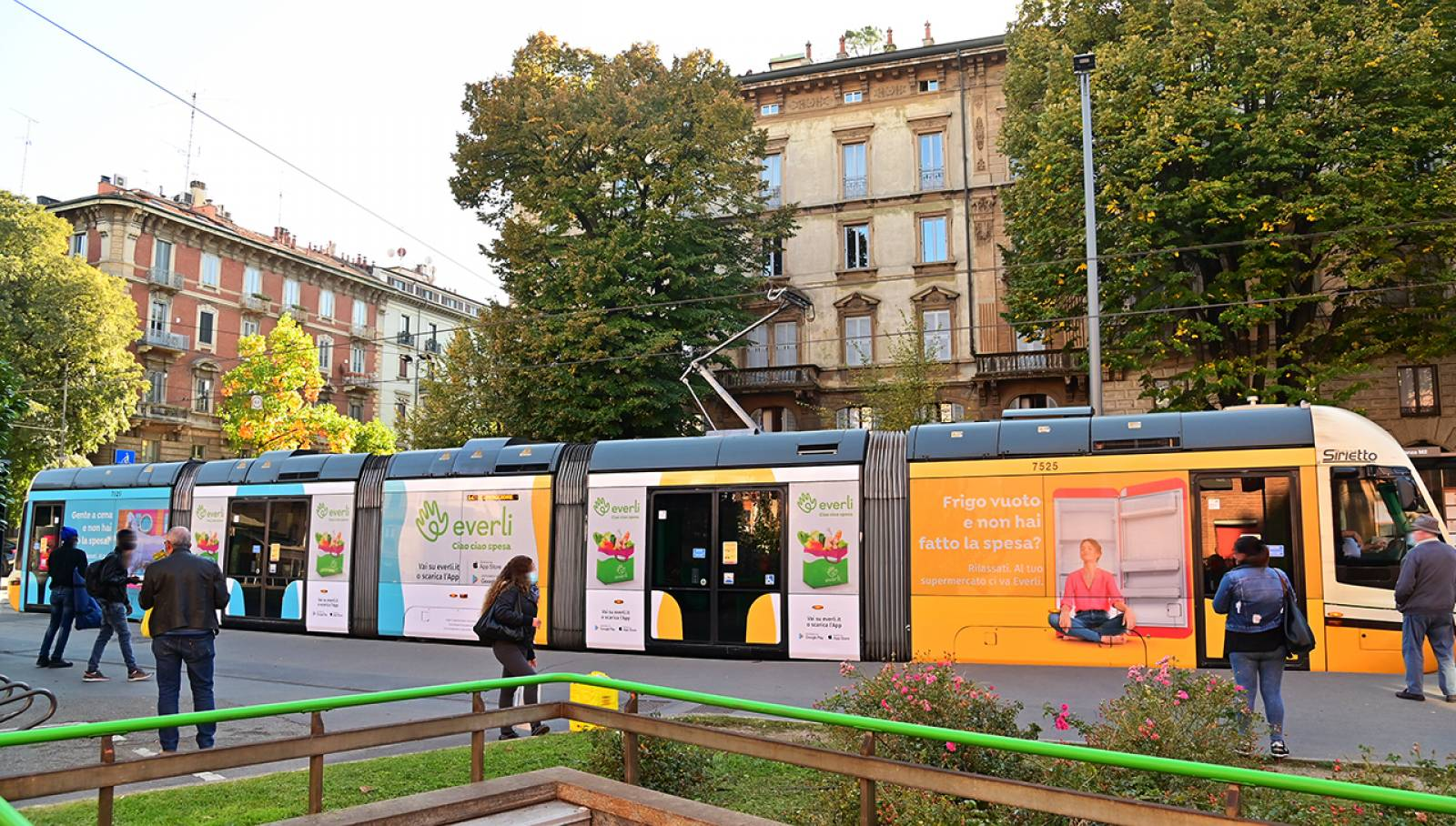 Pubblicità Out of Home a Milano IGPDecaux Full-Wrap per Everli