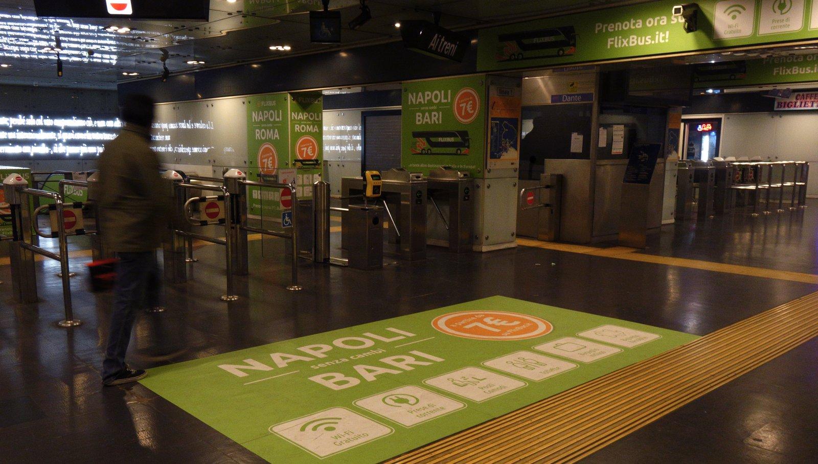 Metro Napoli Station Domination Flixbus @igpdecaux