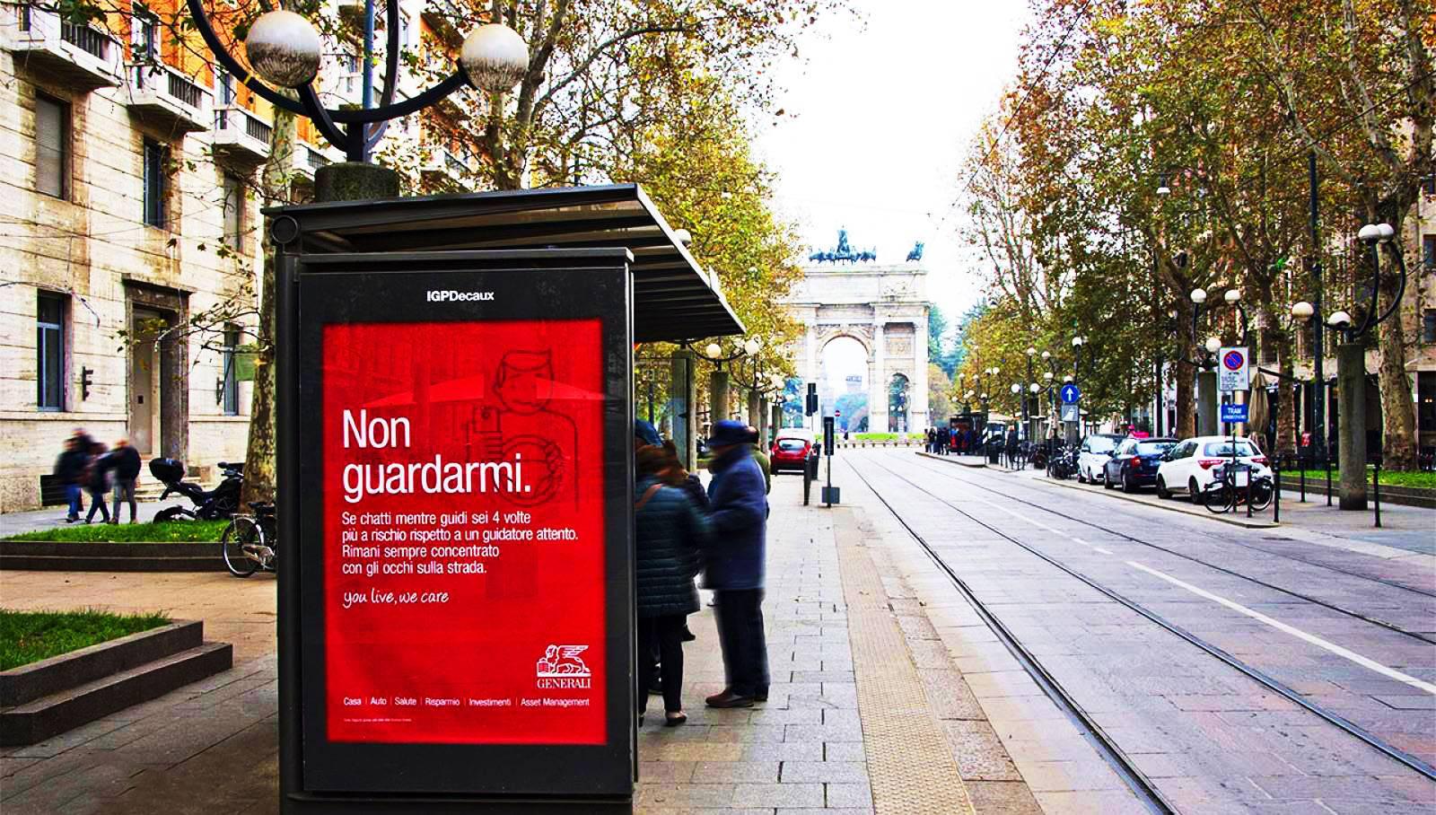 Pubblicità sulle pensiline a Milano pensiline decorate per Generali IGPDecaux