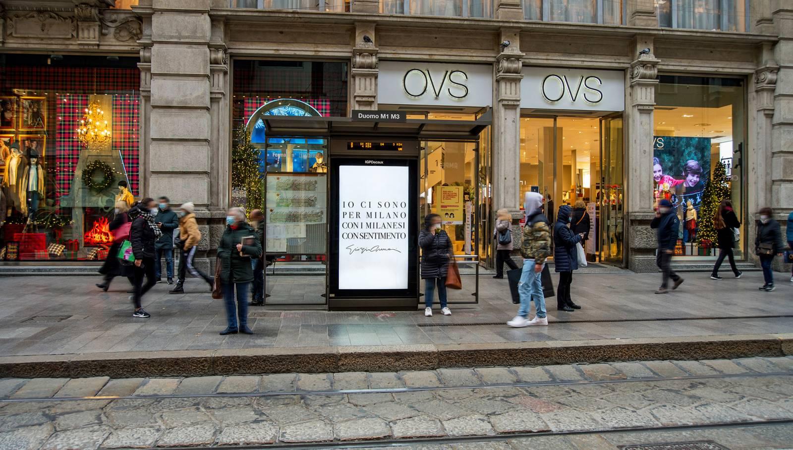 OOH IGPDecaux Milano Network Vision per Giorgio Armani