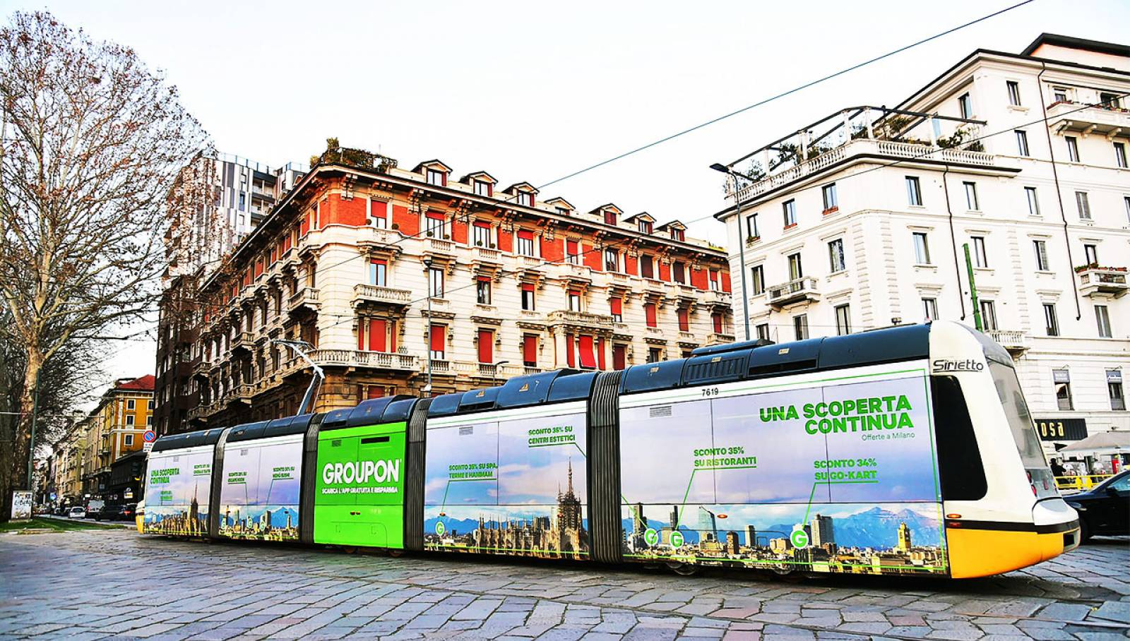 IGPDecaux Out of Home advertising in Milan Full-Wrap for Groupon