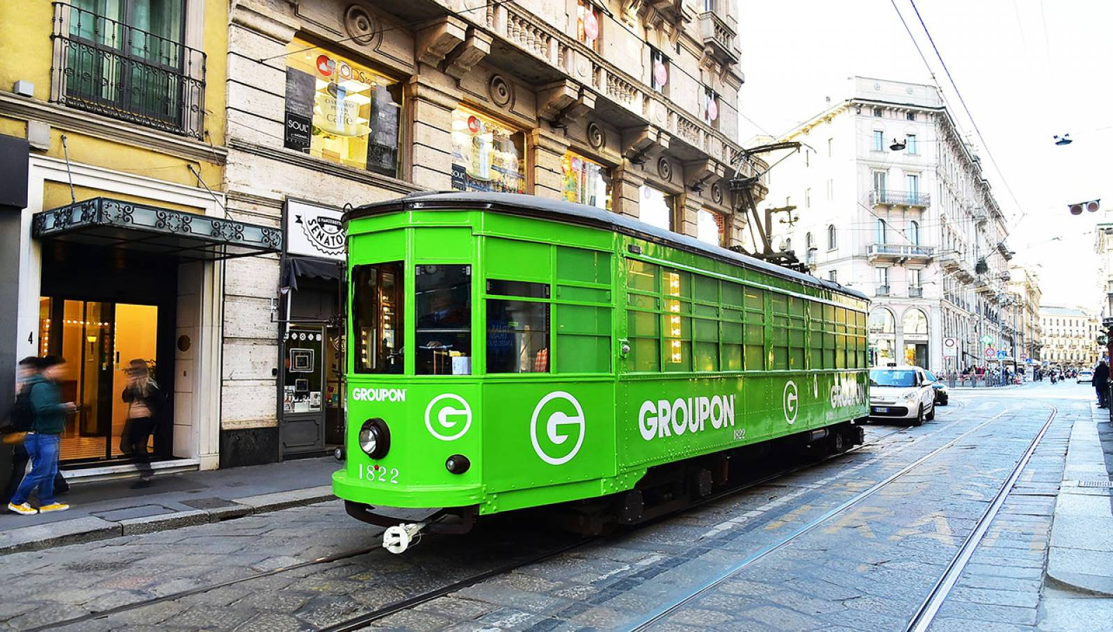 IGPDecaux Out of Home advertising in Milan tram for Groupon