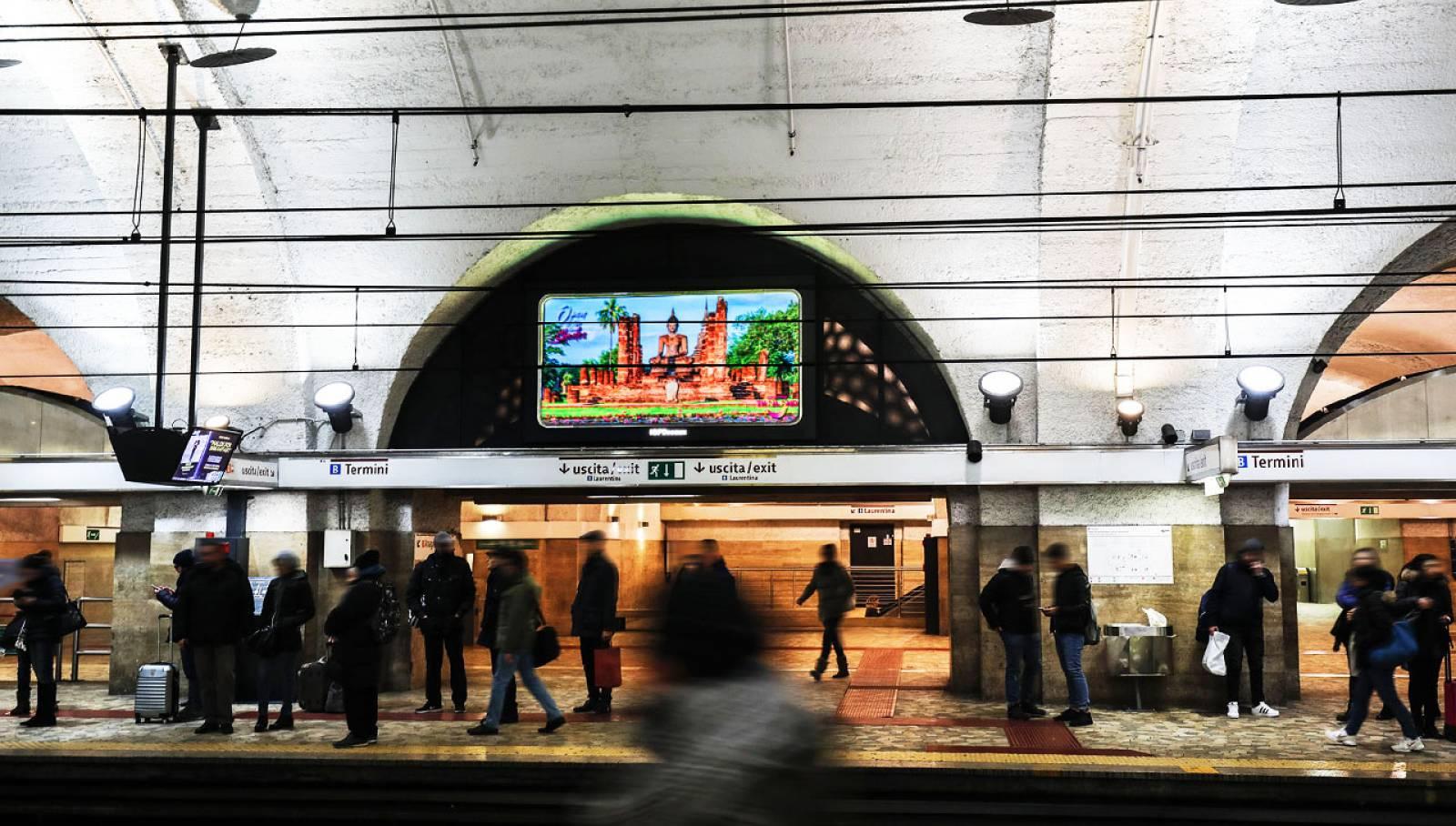 Pubblicità metropolitana di Termini a Roma IGPDecaux Horizon per Ente Turismo Thailandia