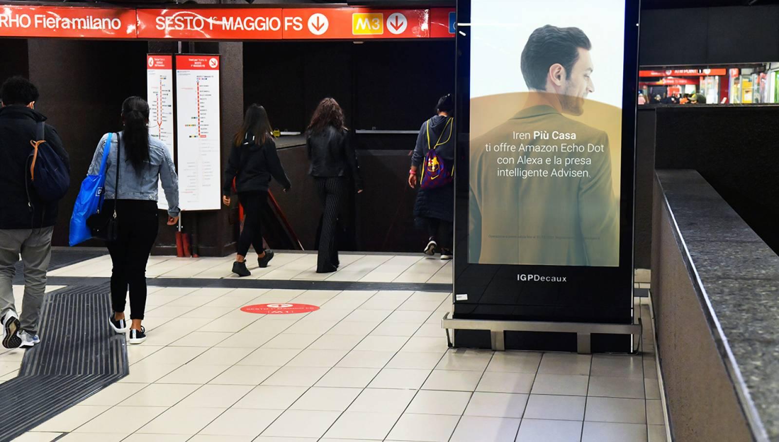 Pubblicità in metropolitana a Milano IGPDecaux Station Domination per Iren