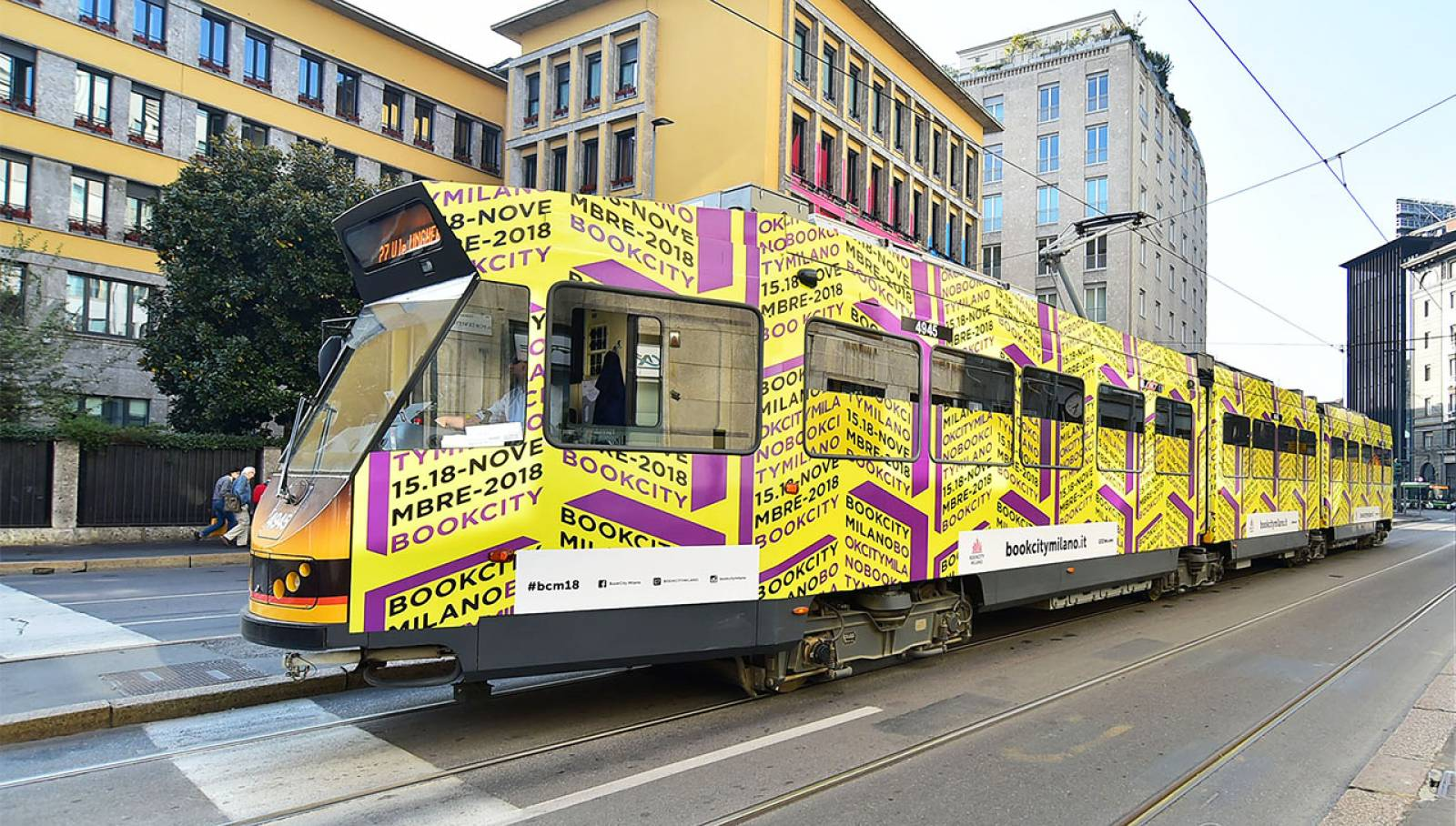OOH advertising IGPDecaux Wrapped Vehicles in Milan for BookCity