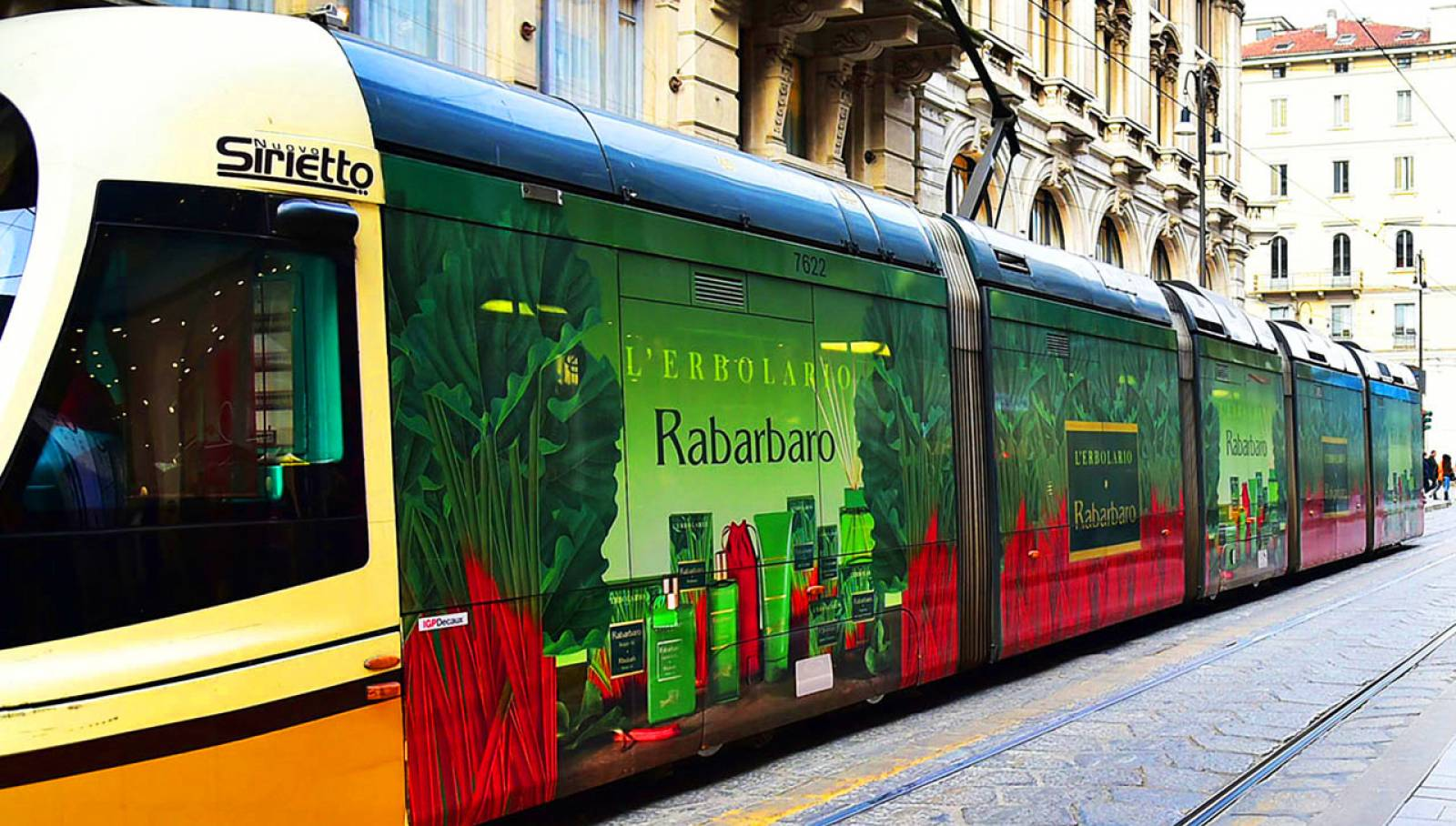 IGPDecaux Milan Wrapped Vehicles for L'Erbolario