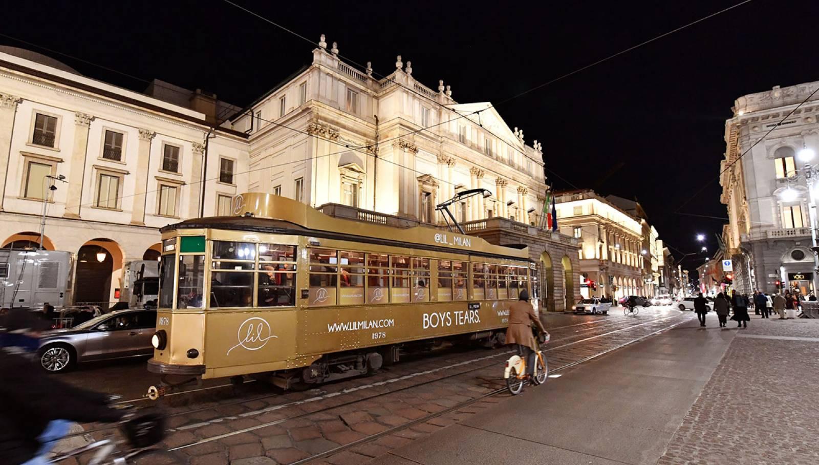 OOH IGPDecaux tram decorato per LIL a Milano