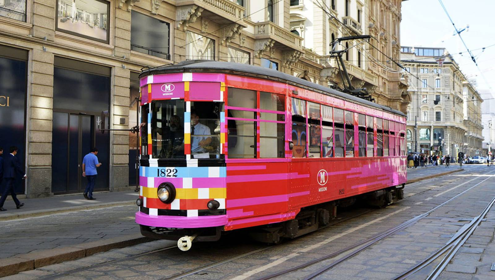 Outdoor communication in Milan IGPDecaux tram Creative Solutions for M Missoni