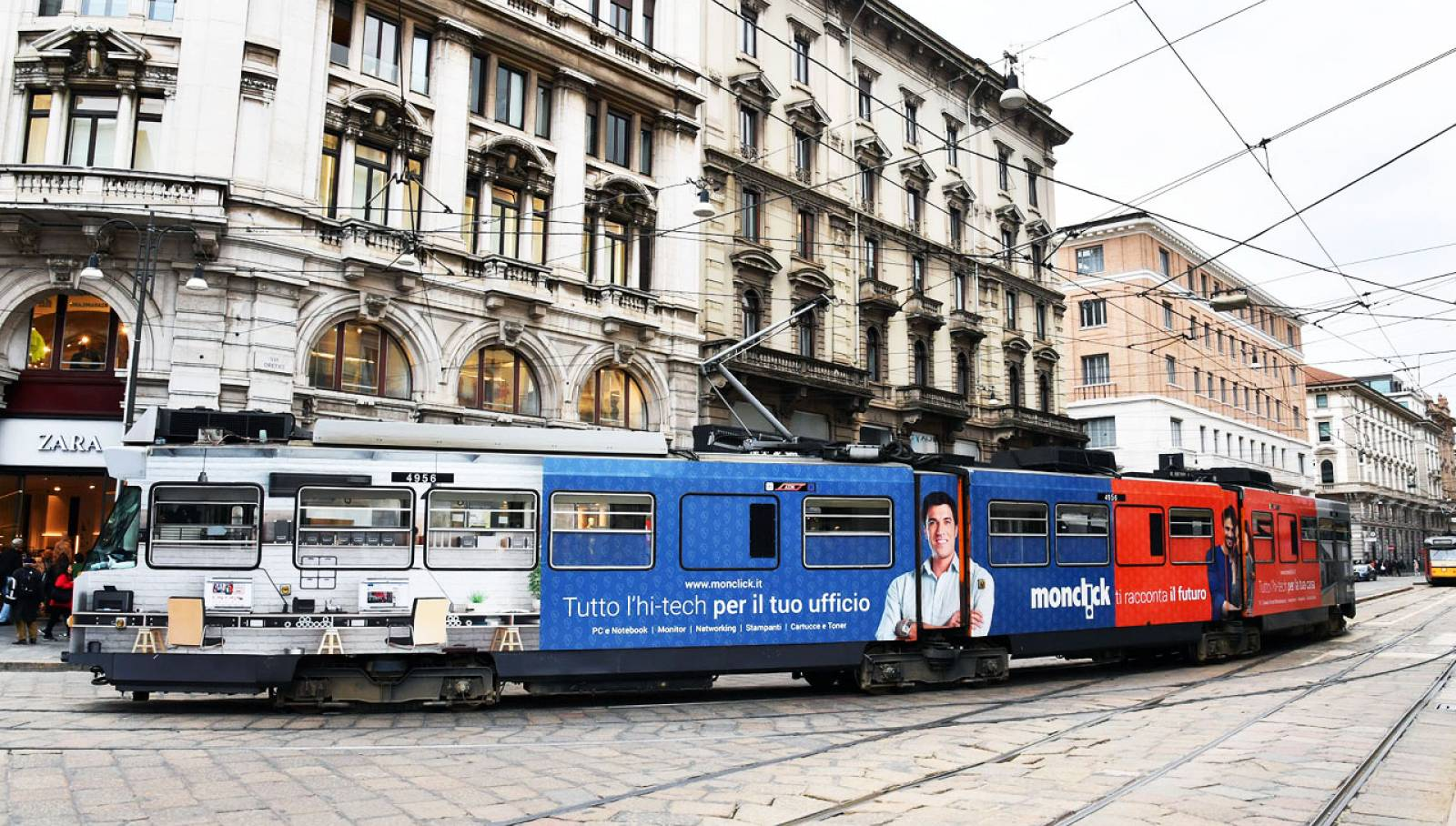 Out of Home IGPDecaux Milano Full-Wrap per Monclick