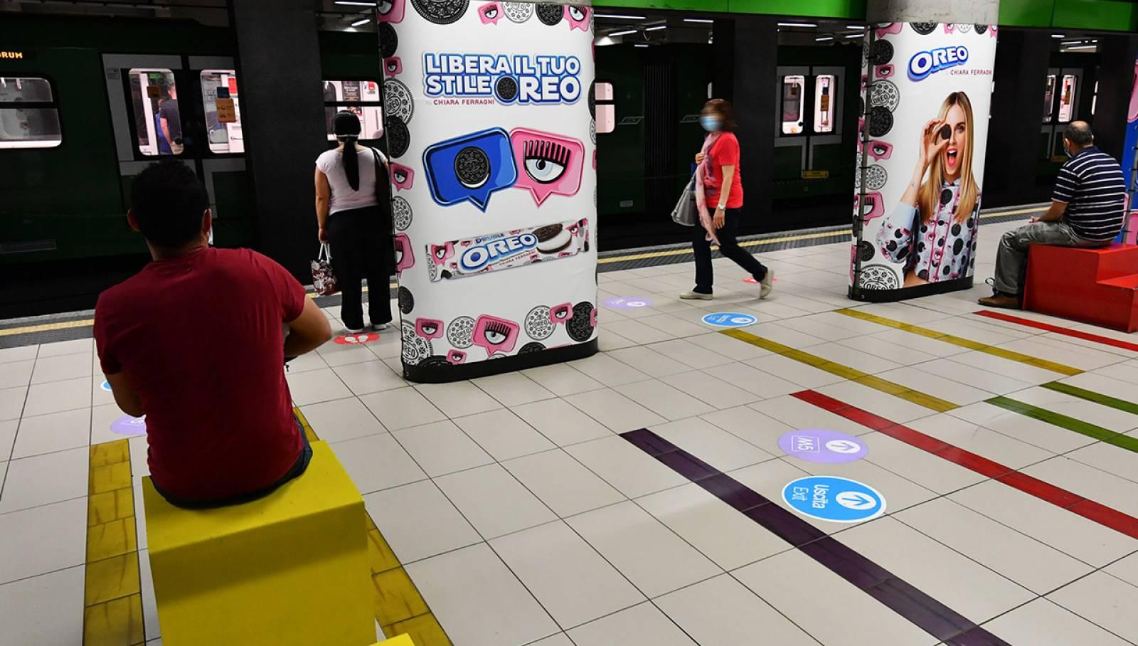 Pubblicità metro Milano Station Domination IGPDecaux per Mondelez Italia