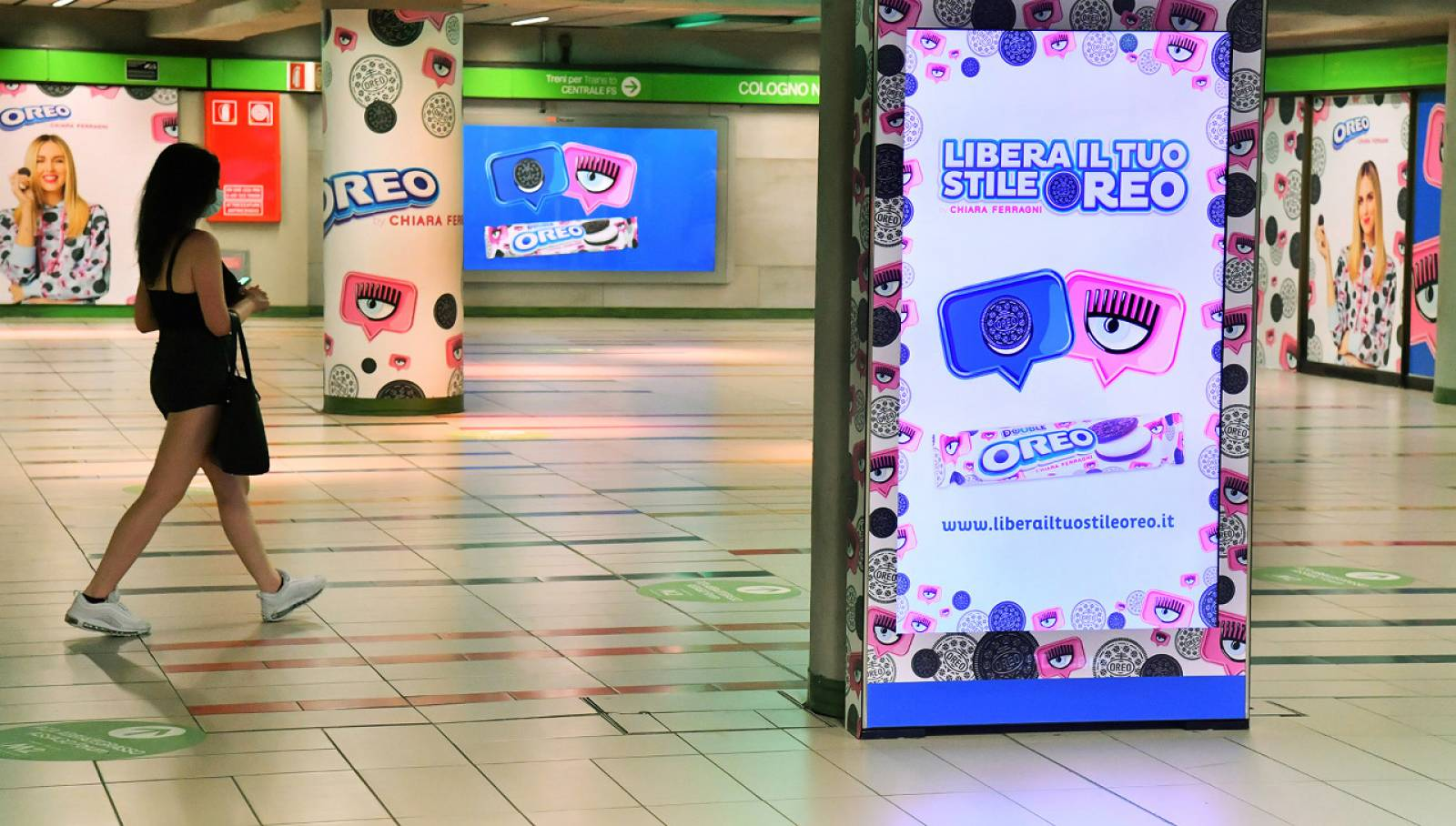 campagna Out of Home IGPDecaux in metropolitana a Milano Station Domination per Mondelez Italia