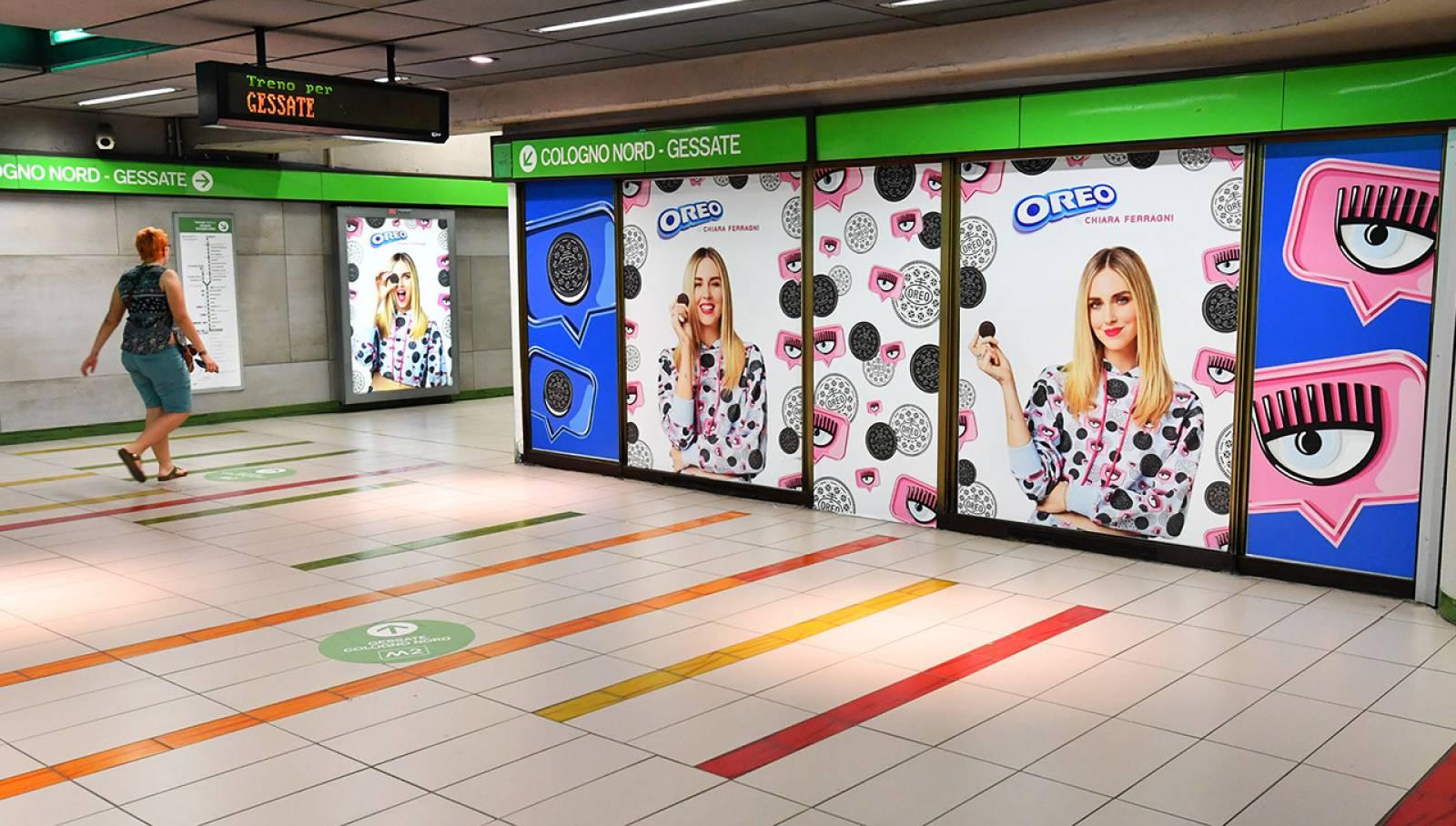 Pubblicità in metropolitana IGPDecaux Milano Station Domination per Mondelez Italia