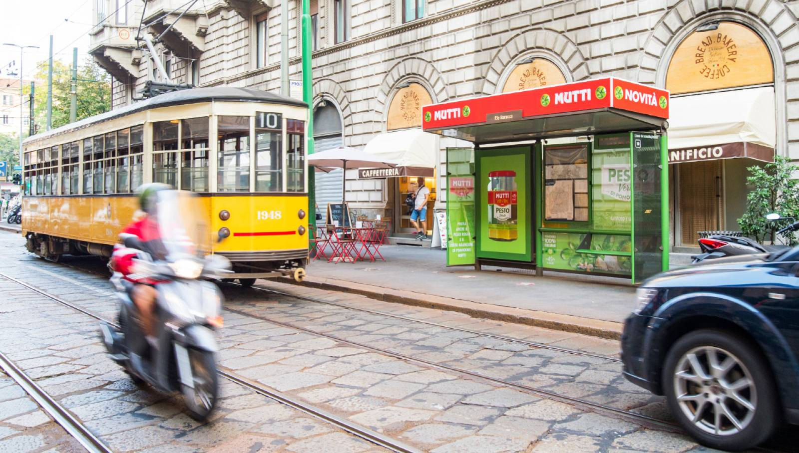 IGPDecaux OOH advertising in Milan Brand Shelters for Mutti