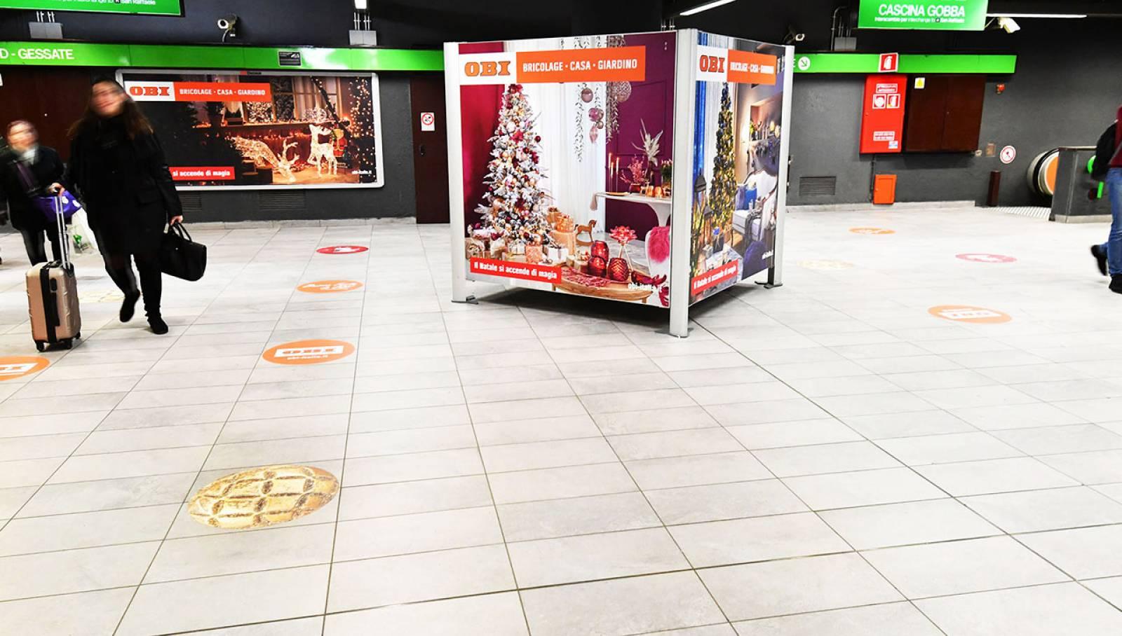 OOH IGPDecaux Milano Station Domination per OBI Italia Milano Centrale