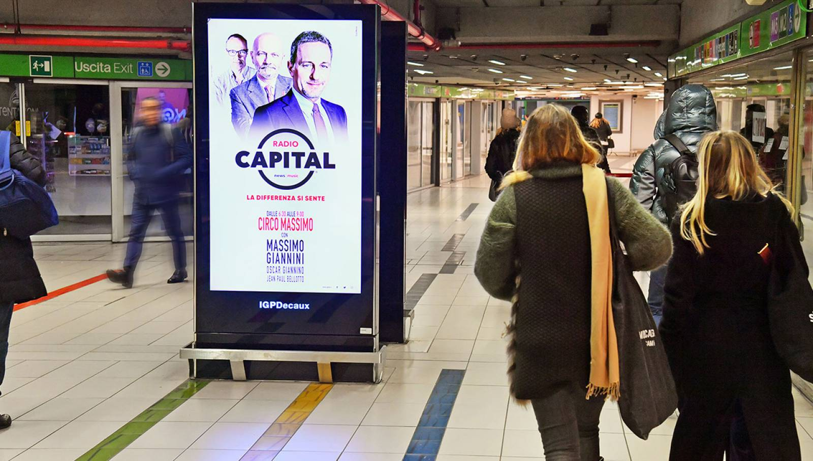Out of Home advertising Underground Vision Network IGPDecaux for Radio Capital in Milan
