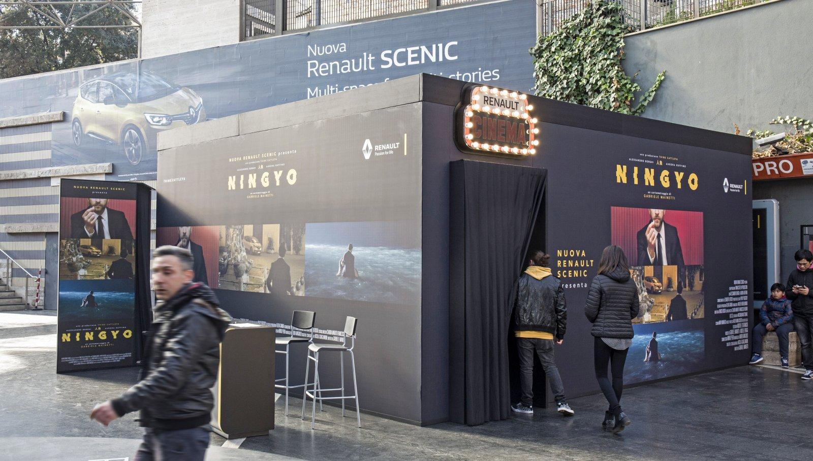 Temporary Cinema Renault - IGPDecaux Underground Rome Cipro