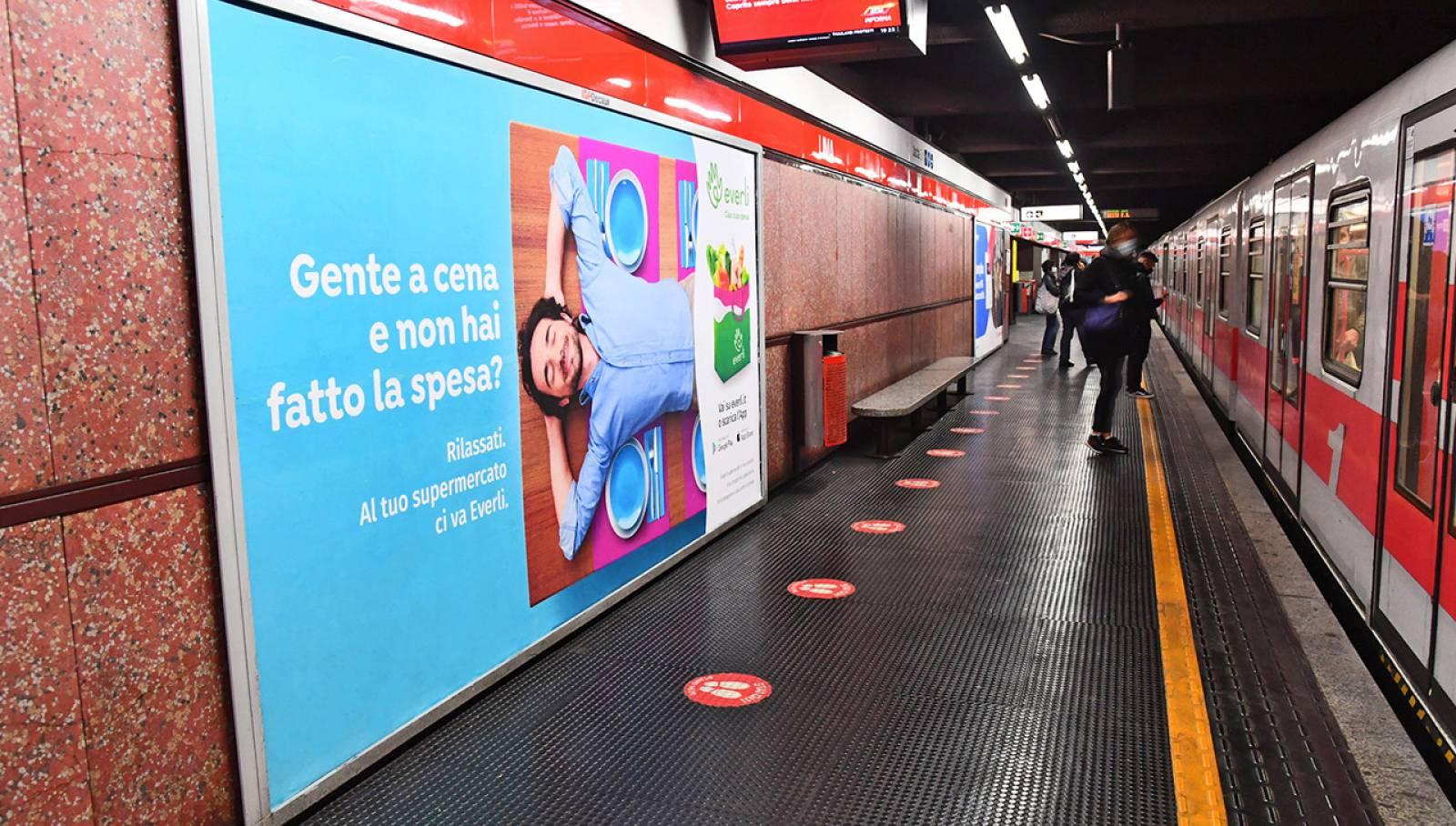 Pubblicità metro milanese IGPDecaux Circuito Maxi per Everli
