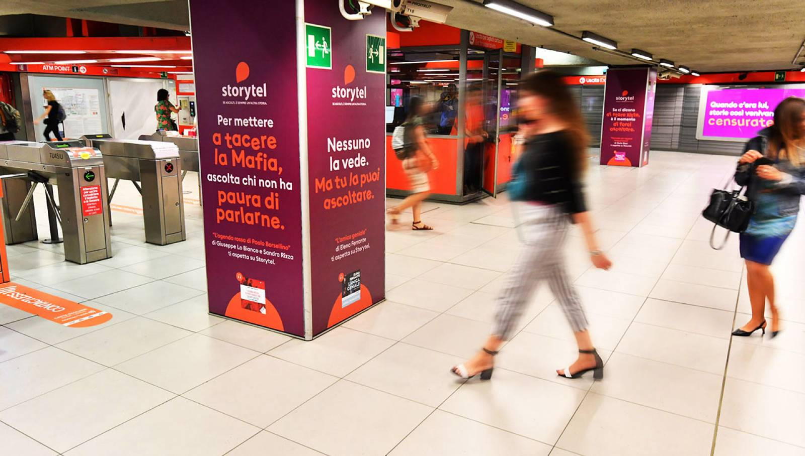 Out of Home IGPDecaux in Milan Station Domination for Storytel