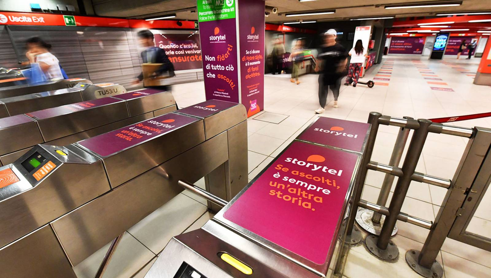 OOH IGPDecaux Station Domination a Milano per Storytel