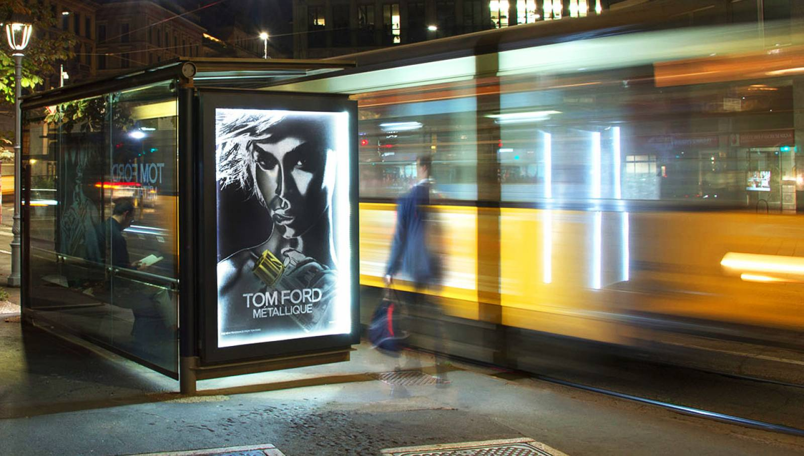 Outdoor communication IGPDecaux Bus shelters in Milan for Tom Ford