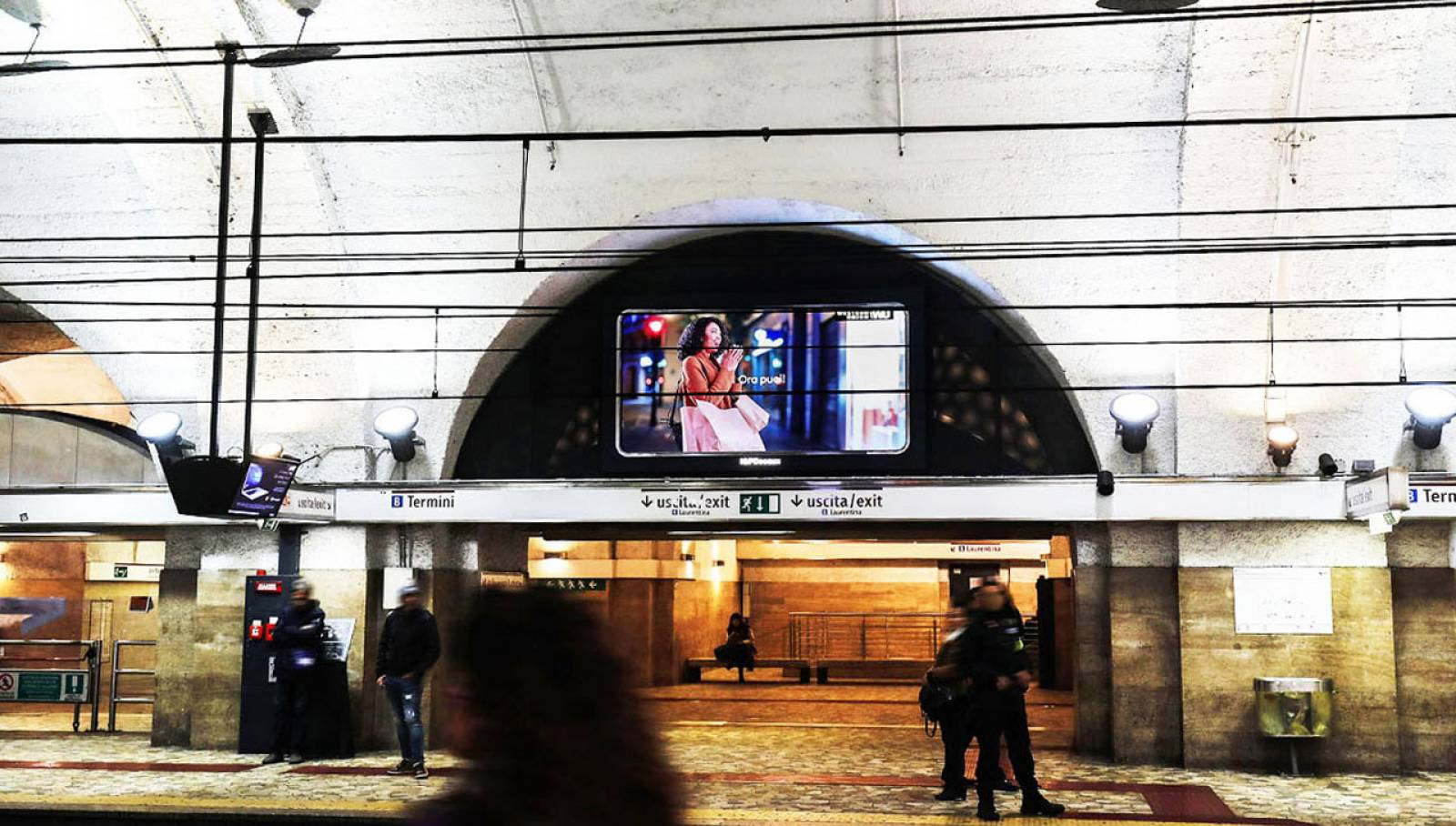 Outdoor communication IGPDecaux in Rome Horizons for Western Union